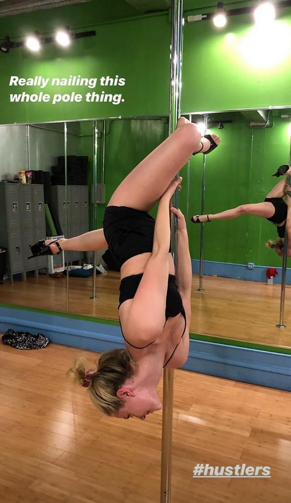 Lili-Reinhart-pole-dancing-hustlers