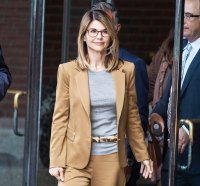 Lori Loughlin Arrives Court College Admissions Scandal