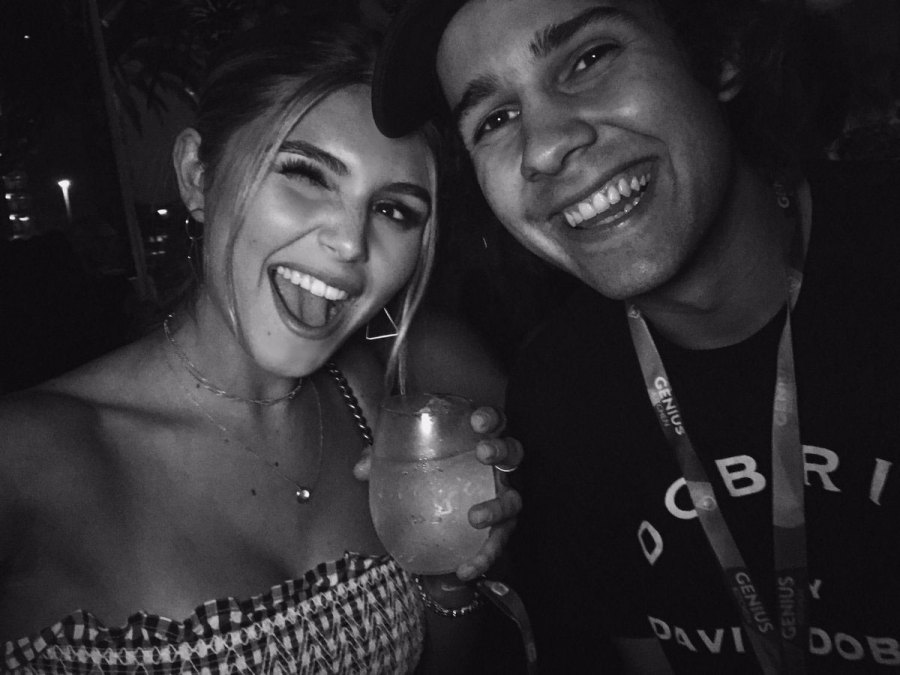 Olivia Jade Parties With YouTube Stars Amid College Scandal