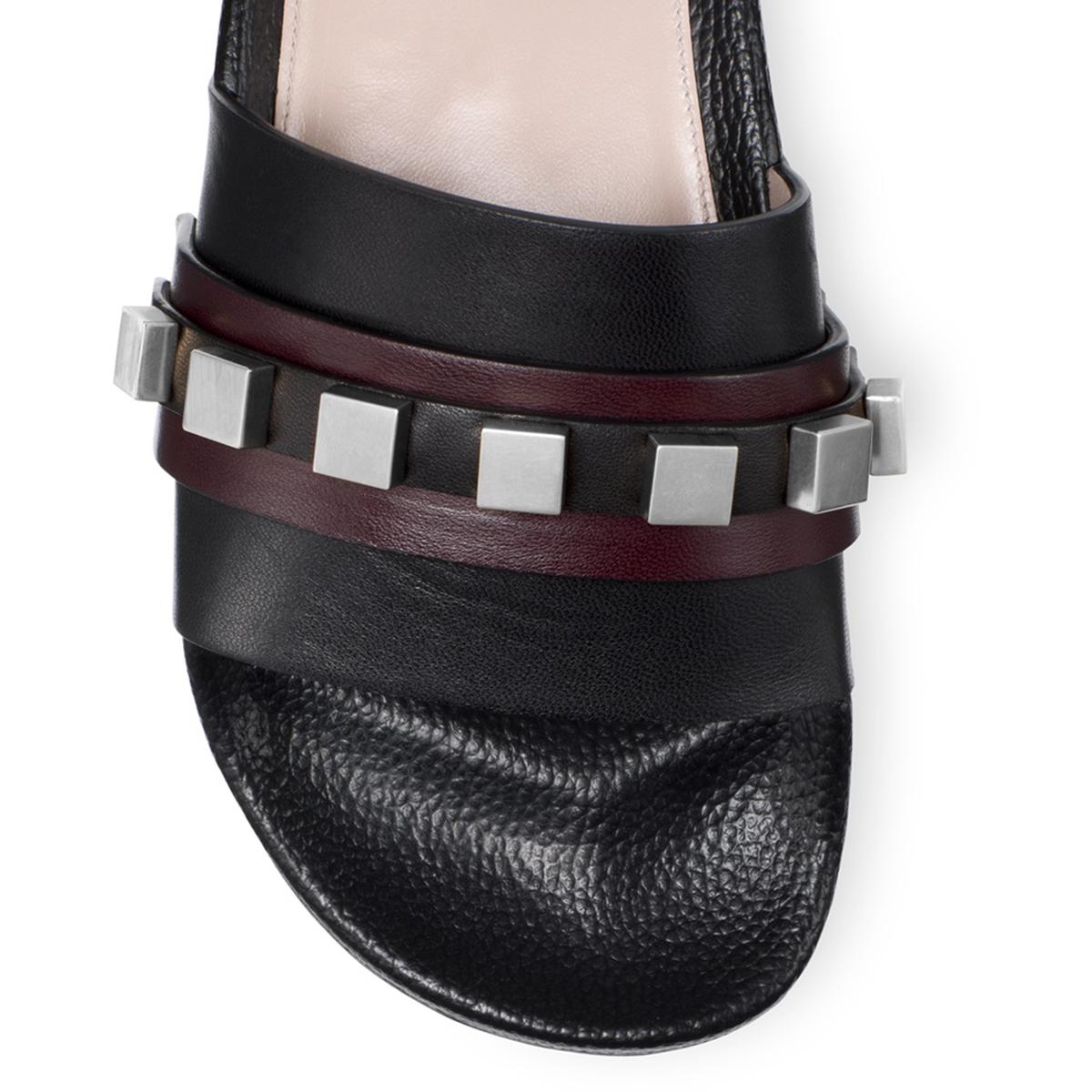 SW sandals top