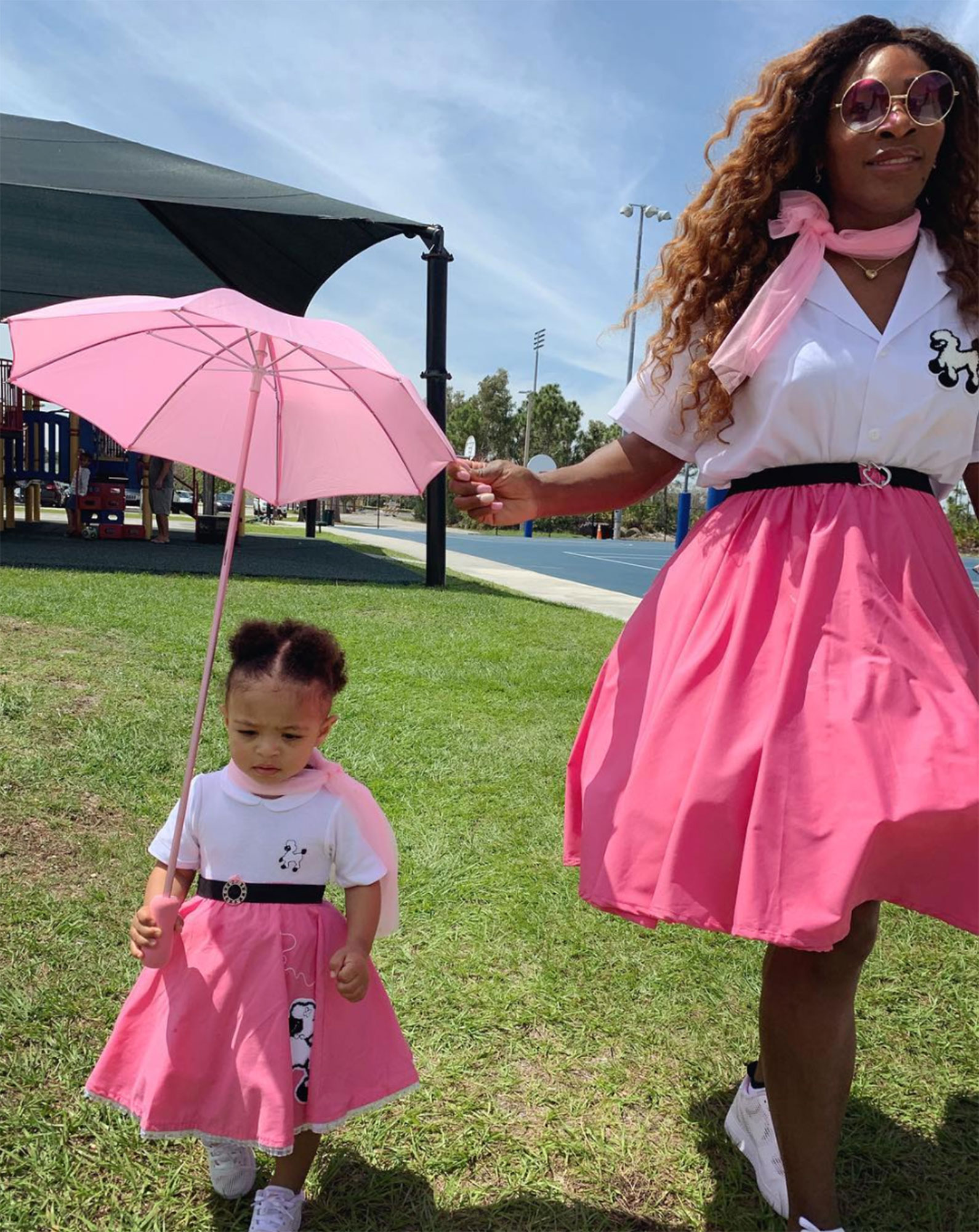 b3acaed6fc Celebrity Mother-Daughter Look Alikes With Twinning Style: Pics