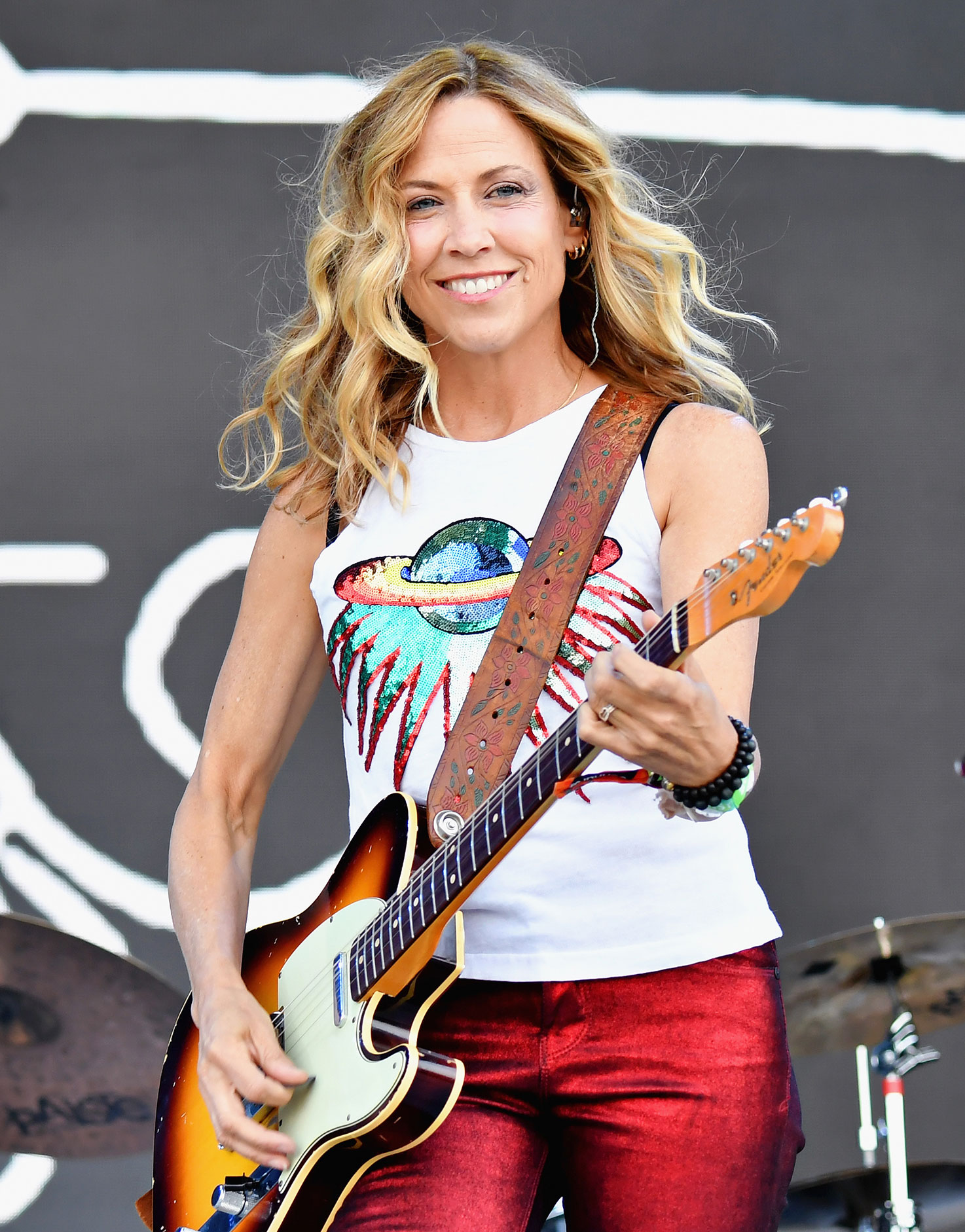 "Sheryl Crow Teachers Before Fame - The ""Soak Up the Sun"" songstress studied education at the University of Missouri and spent two years teaching at Kellison Elementary School in Fenton, Missouri, upon graduation."
