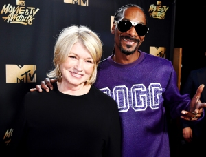 Snoop Dogg on Why Martha Stewart Won't Get High With Him: 'She's Scared'