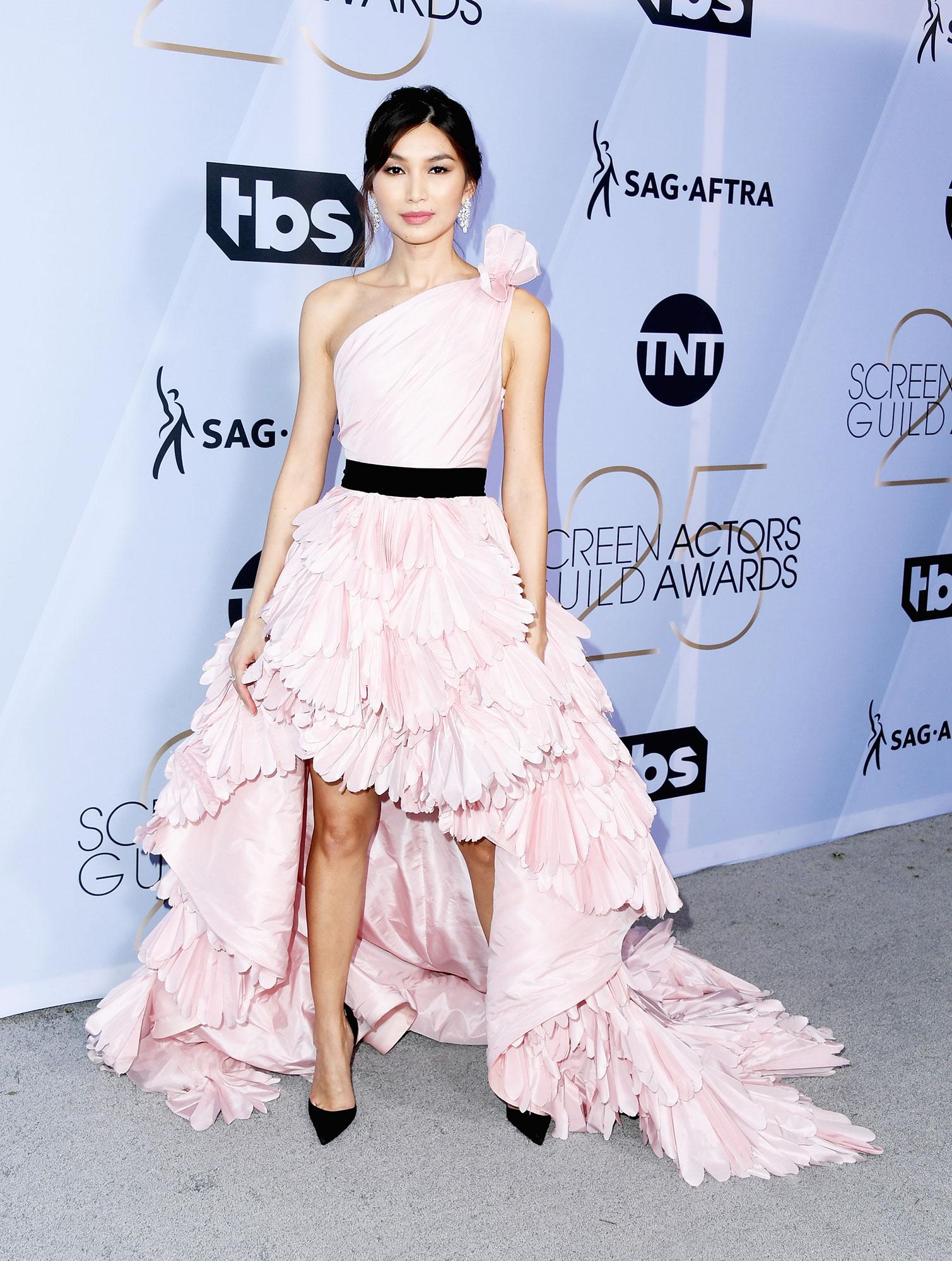 Gemma Chan stylish - In a silk taffeta Oscar de la Renta on Jan. 27.
