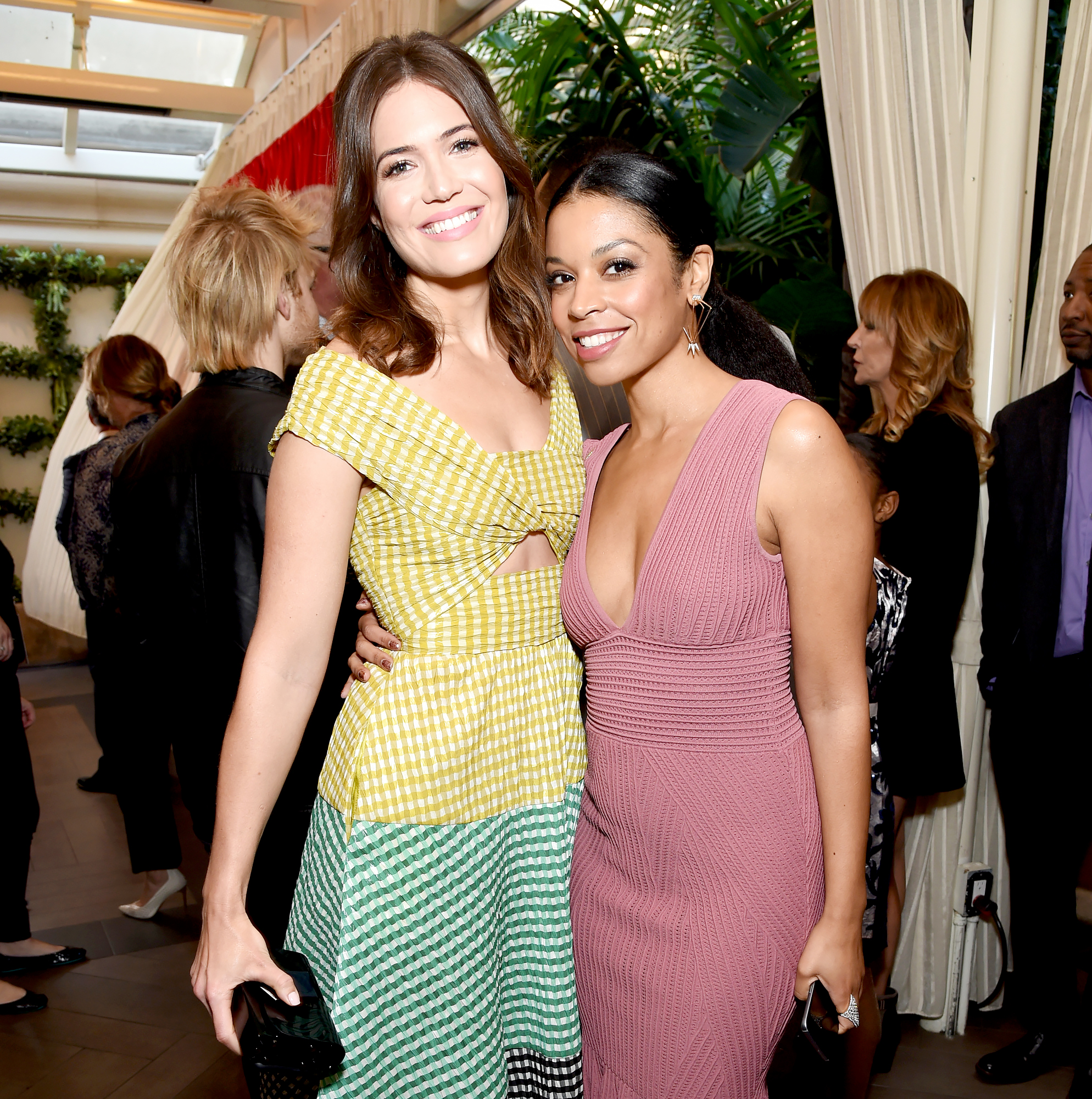 Susan-Kelechi-Watson-Is-Proud-of-Mandy-Moore - Mandy Moore and Susan Kelechi Watson