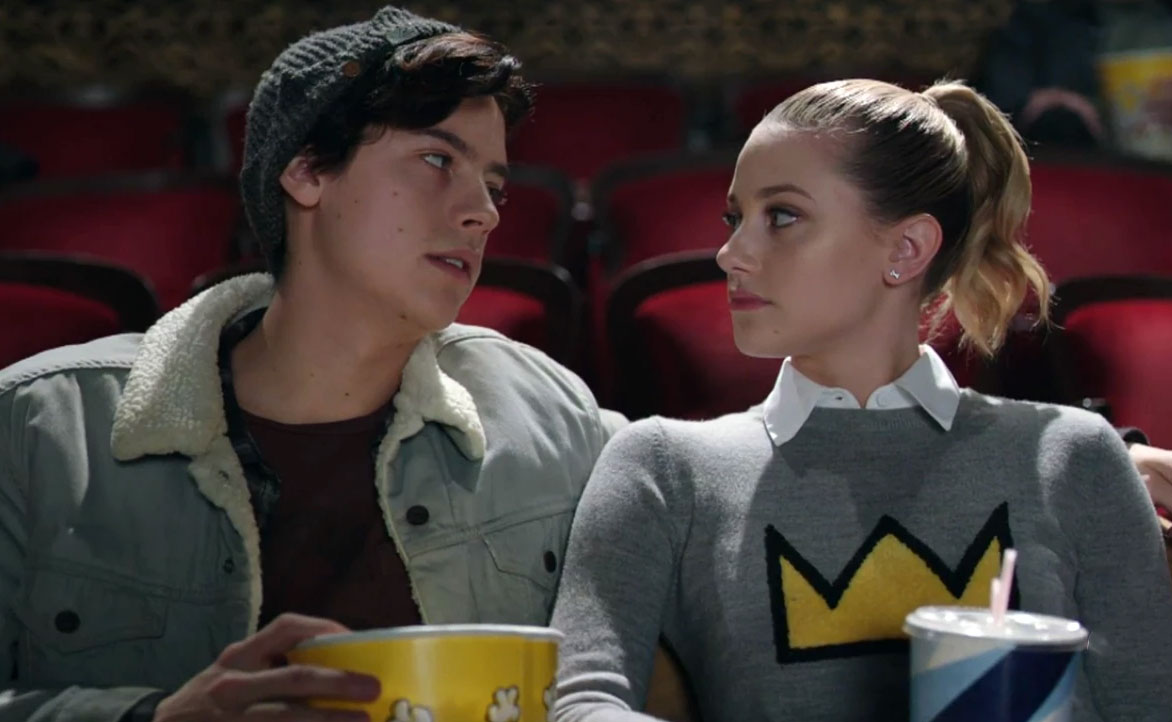 TV Couples Who Dated IRL Betty and Jughead Riverdale - Shortly after Riverdale began in 2017 , Reinhart and Sprouse began dating off screen, as their characters dated on screen.