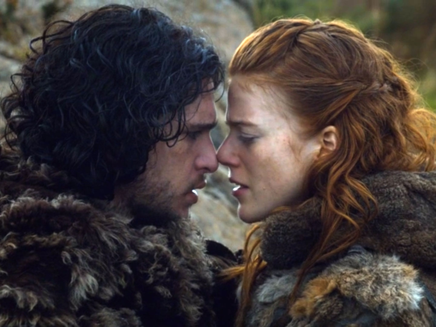 TV Couples Who Dated IRL Jon and Snow Ygritte Game of Thrones - Kit Harington and Rose Leslie starred together in Game of Thrones from 2012 until her character's untimely death in 2014; the two formed a relationship while filming and tied the knot in 2018.
