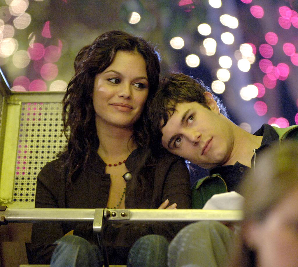 TV Couples Who Dated IRL Seth and Summer The OC - Seth and Summer were a fan-favorite couple on The O.C. , both on and off screen. Rachel Bilson and Adam Brody dated in real life from 2003 to 2006, before amicably calling it quits.