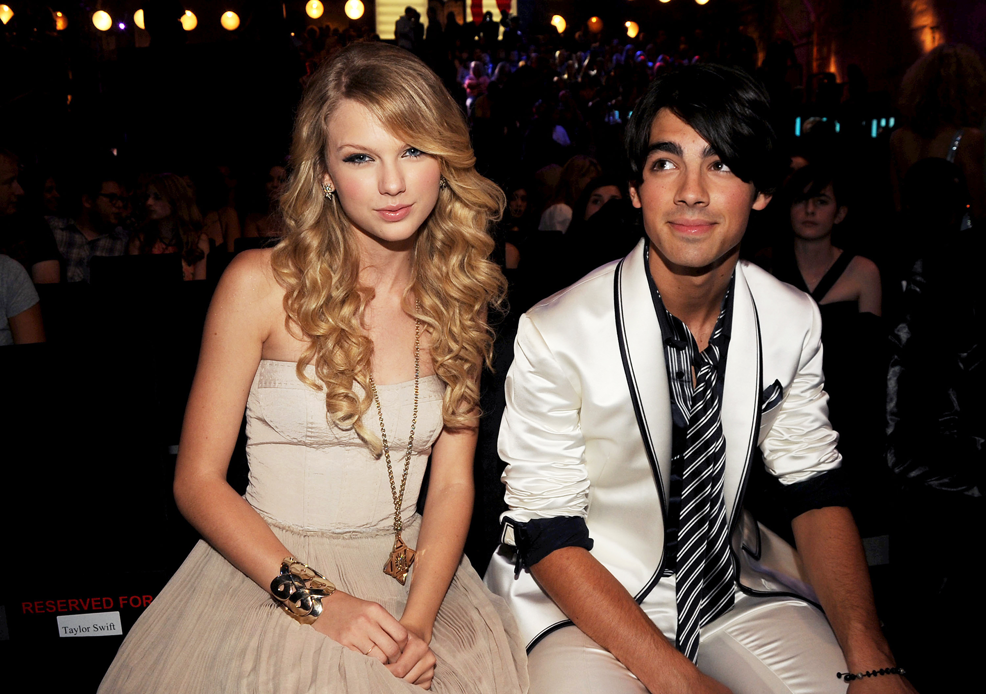 "Taylor Swift Feuds - In November 2008, Swift claimed the ""Sucker"" singer dumped her with a 27-second phone call the month prior. Jonas offered his version of the events in a Myspace post that same month: ""For those who have expressed concern over the '27 second' phone call, I called to discuss feelings with the other person. Those feelings were obviously not well received. I did not end the conversation. Someone else did. Phone calls can only last as long as the person on the other end of the line is willing to talk."""