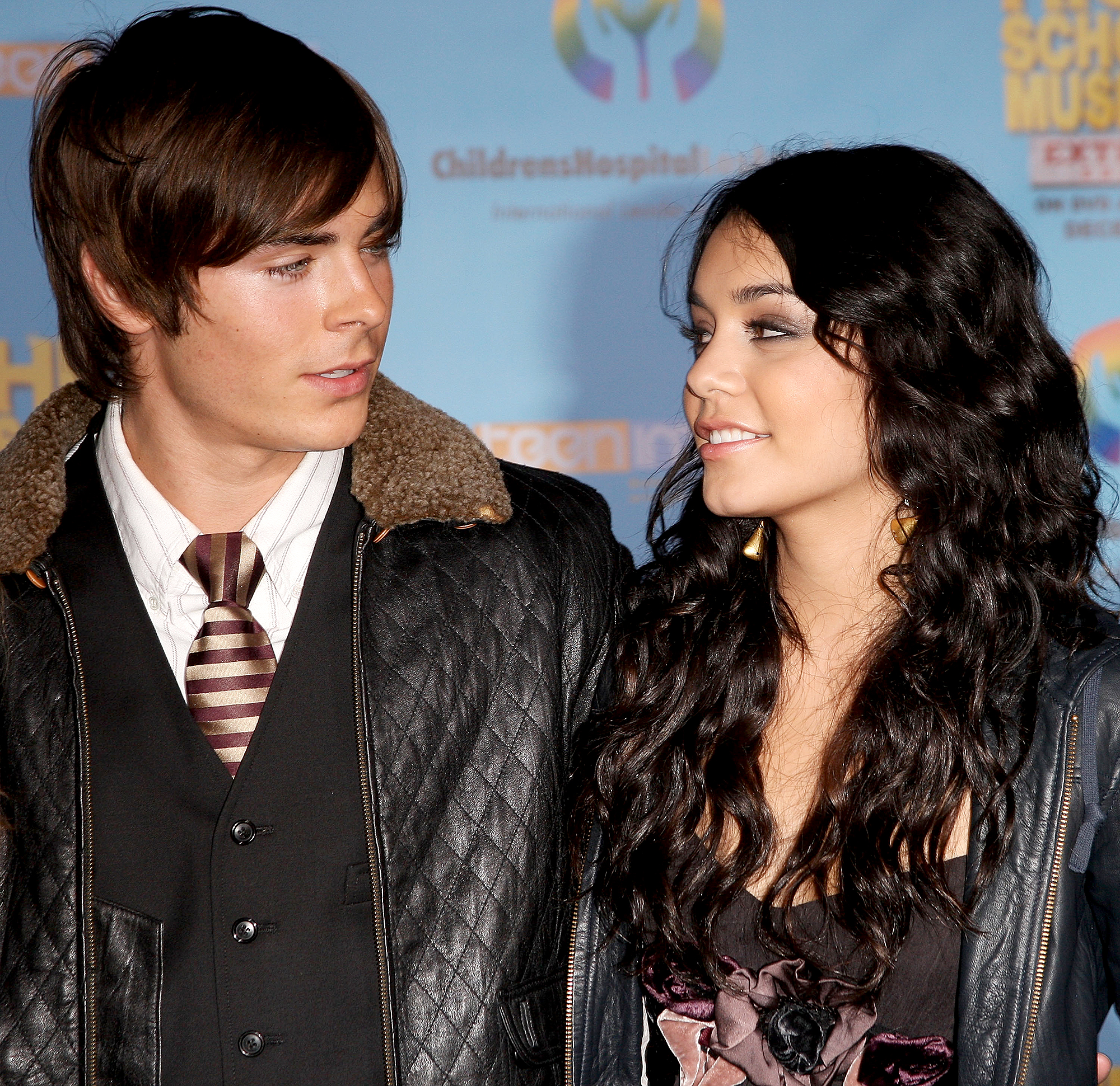 Vanessa-Hudgens-Zac-Efron-fight