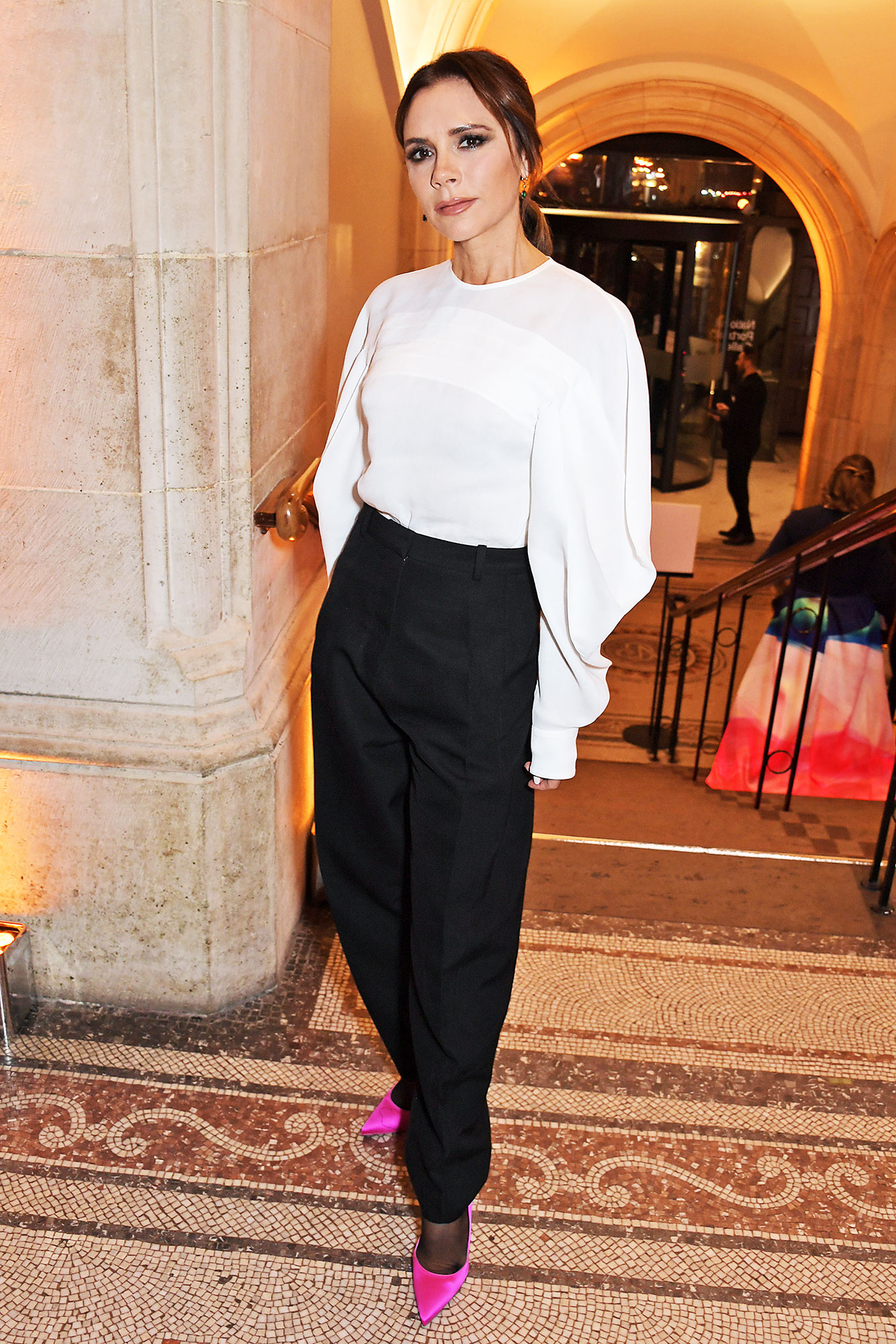 victoria beckham The Portrait Gala - Fuchsia pumps were a colorful addition to the former Spice Girl's black-and-white ensemble at the 2019 Portrait Gala.
