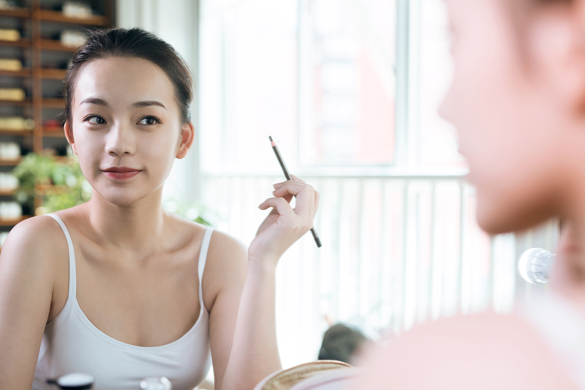 The Ultra-Precise Brow Pencil With Thousands of Reviews You Need for Your Routine