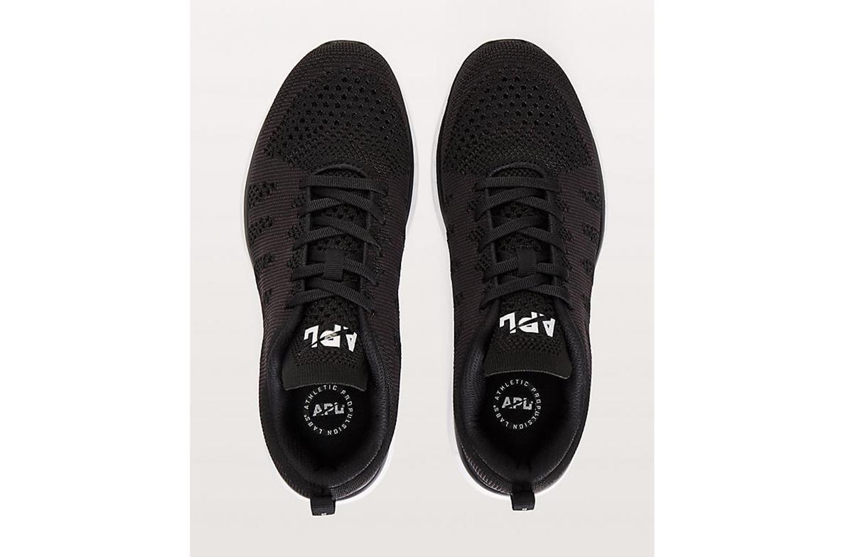 apl-sneaker