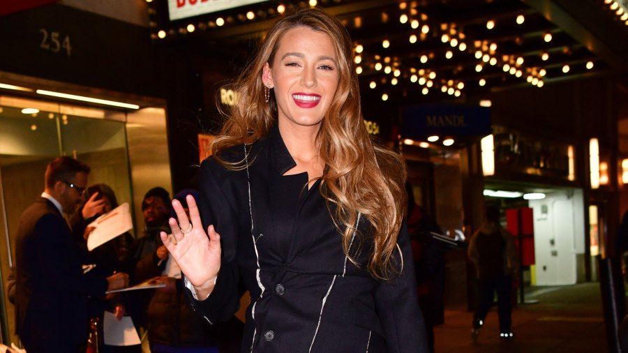 blake-lively-hed