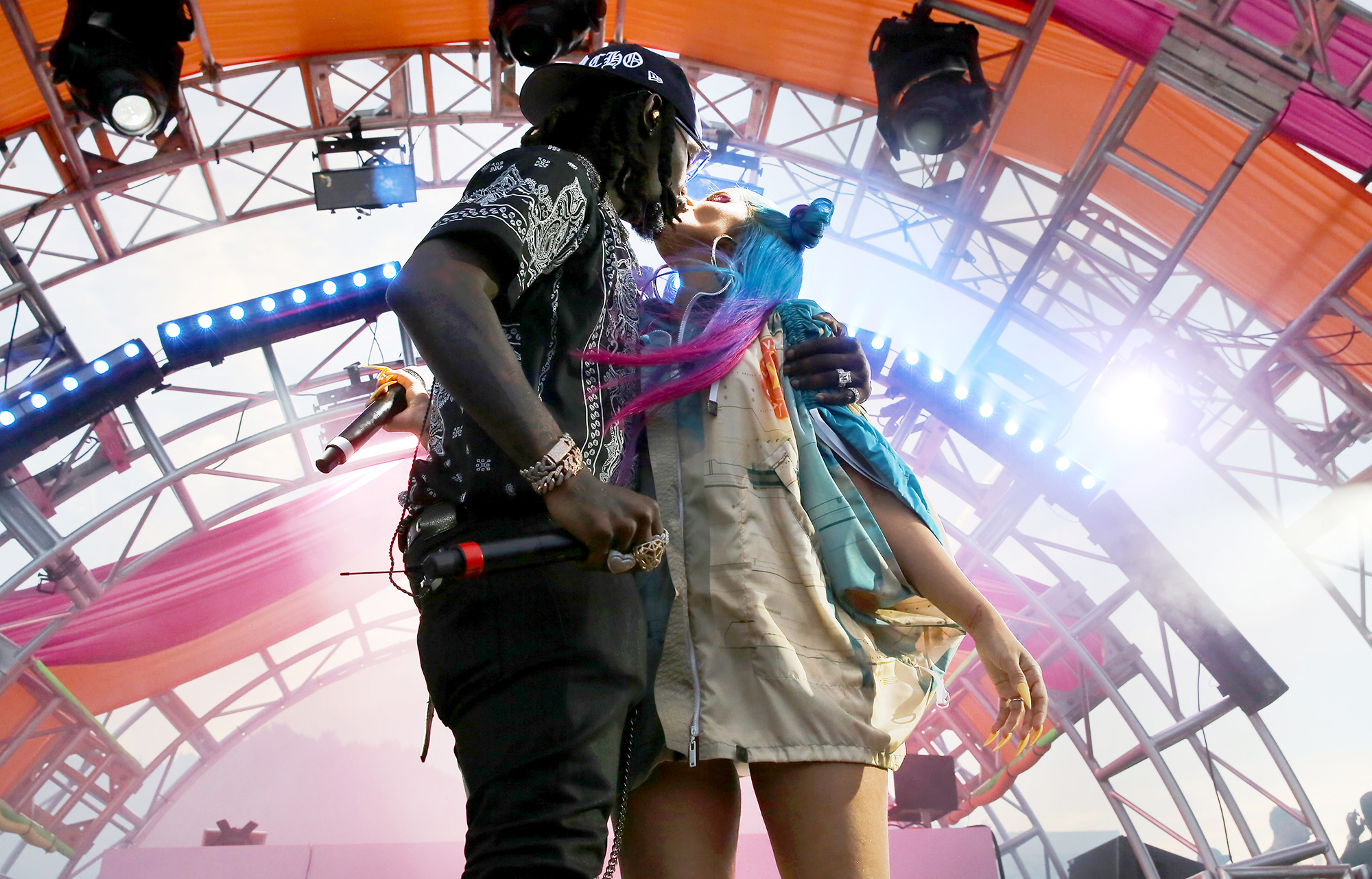 cardi-b-offset-coachella-pda - The pair embraced on stage at the REVOLVEfestival.
