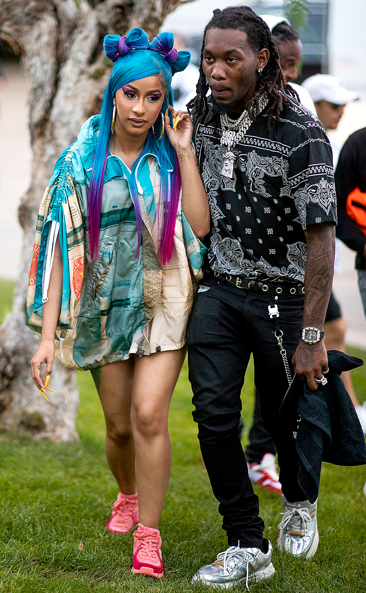 """cardi-b-offset-coachella-pda - The day before their onstage reunion, Offset shared a photo of Cardi at the Swisher Sweets Awards on Saturday, April 13. """"💜❤️💛💚💙MOMMY SHARK IMA EAT YOU 👅👅👅👅😻😻😻,"""" he wrote, referring to the popular children's song """"Baby Shark."""""""