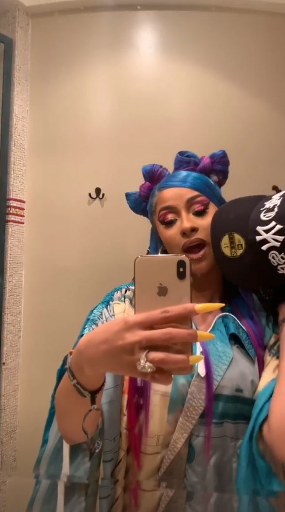 cardi-b-offset-coachella-pda - Offset and Cardi continued to pack on the PDA after their performance on Sunday night via the Hustlers actress' Instagram Story.