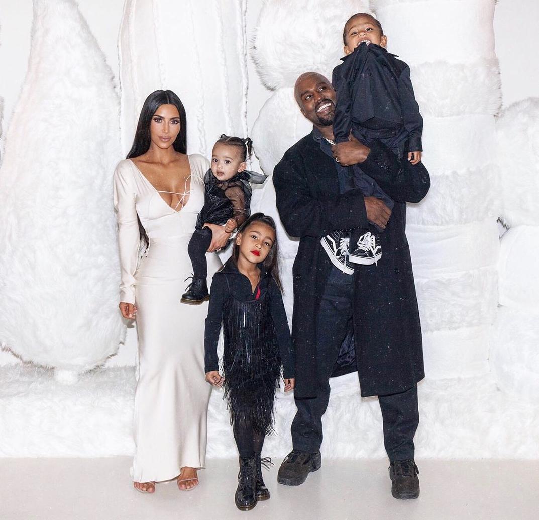 kim-kardashian-kanye-west-and-family