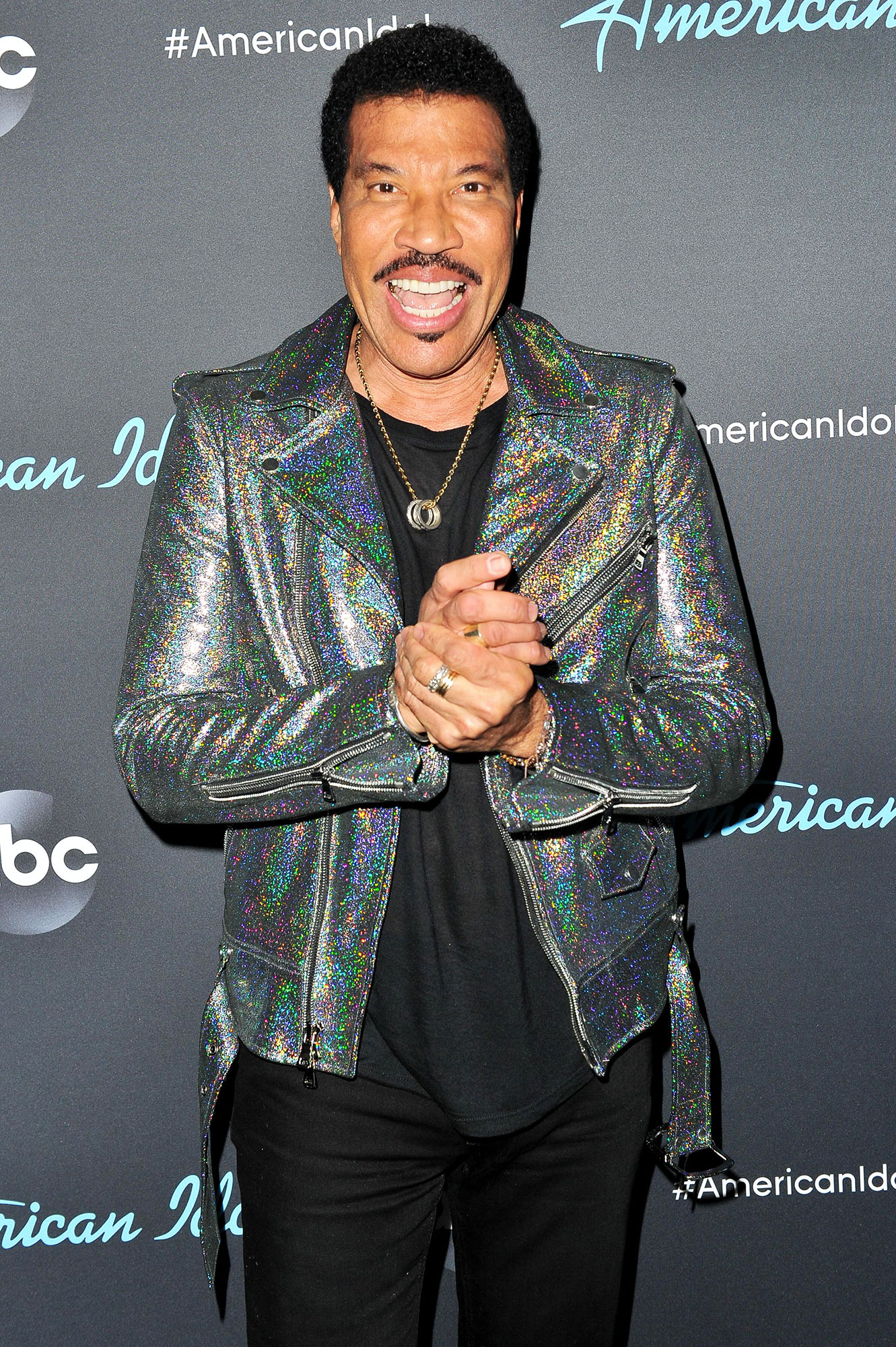 """Brenda Harvey Richie, Lionel Richie, and Nicole Richie - Lionel Richie poses for a photo after ABC's """"American Idol"""" live show on April 28, 2019 in Los Angeles, California."""