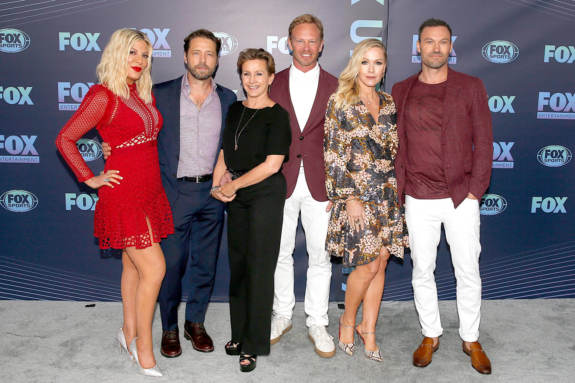 90210bh-reboot-cast