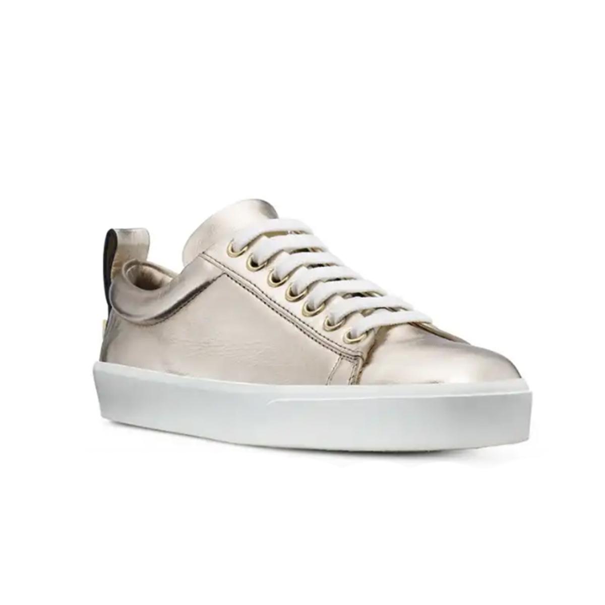 Adley Sneaker