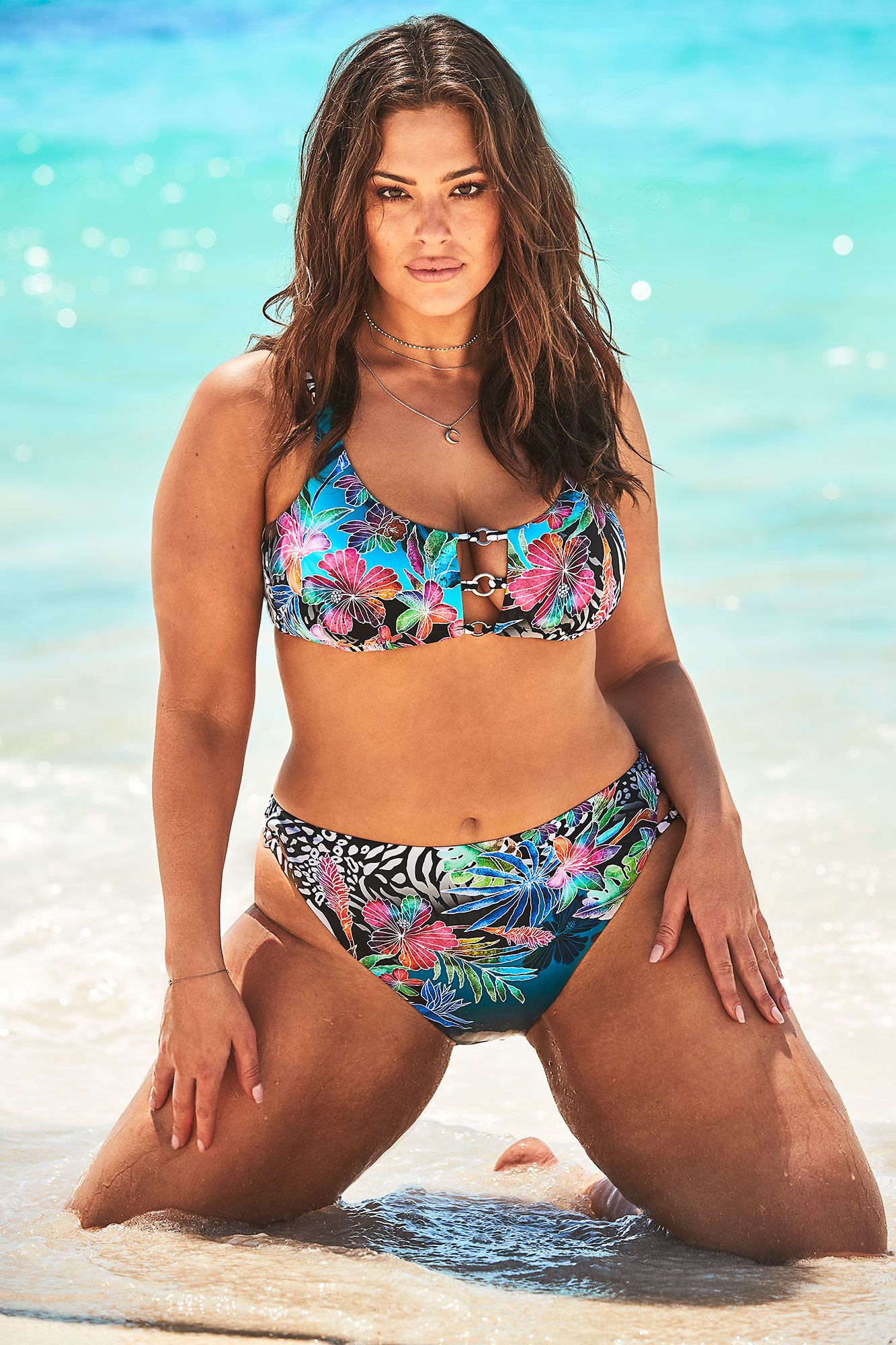 46e1535bbd5 Ashley Graham x Swimsuits For All Summer 2019 Campaign: Pics