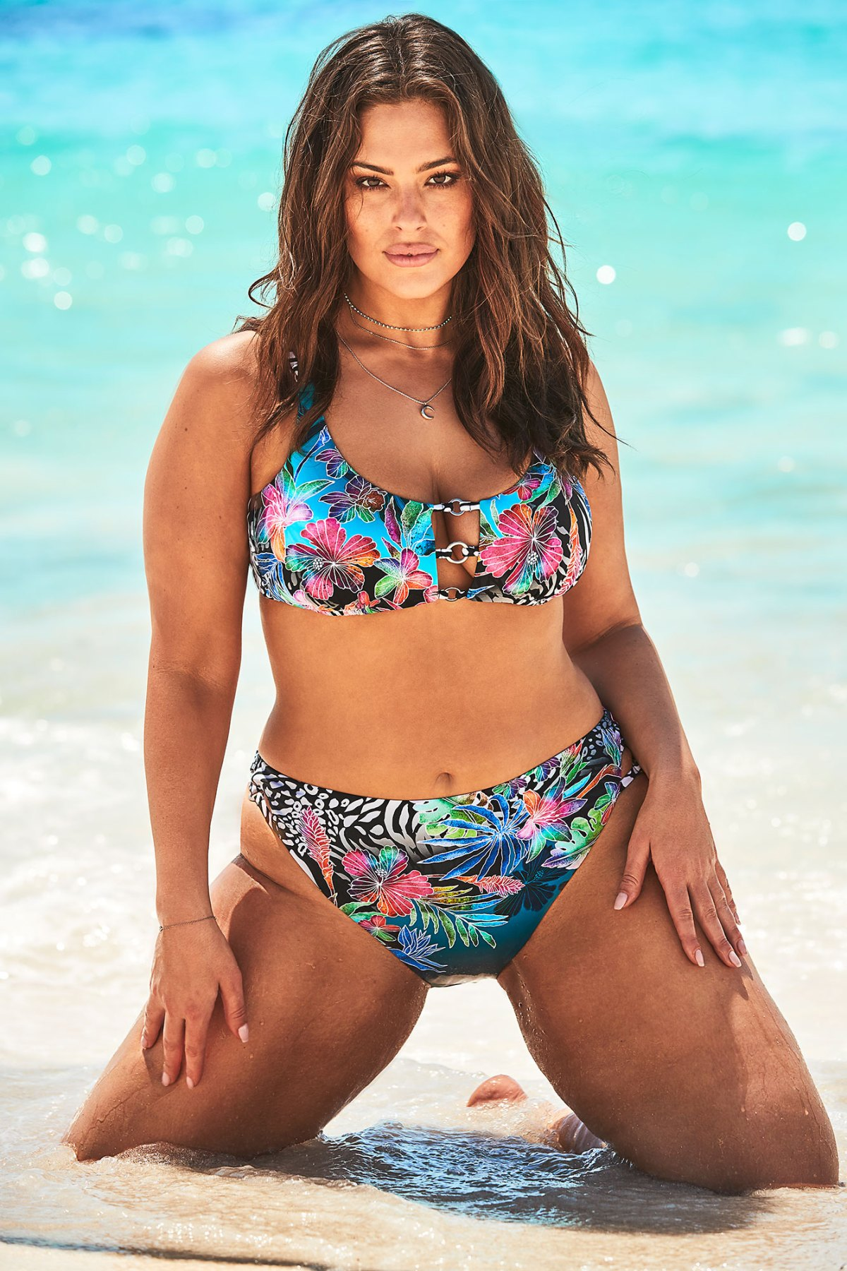 51364af4c3 Ashley Graham x Swimsuits For All Summer 2019 Campaign: Pics