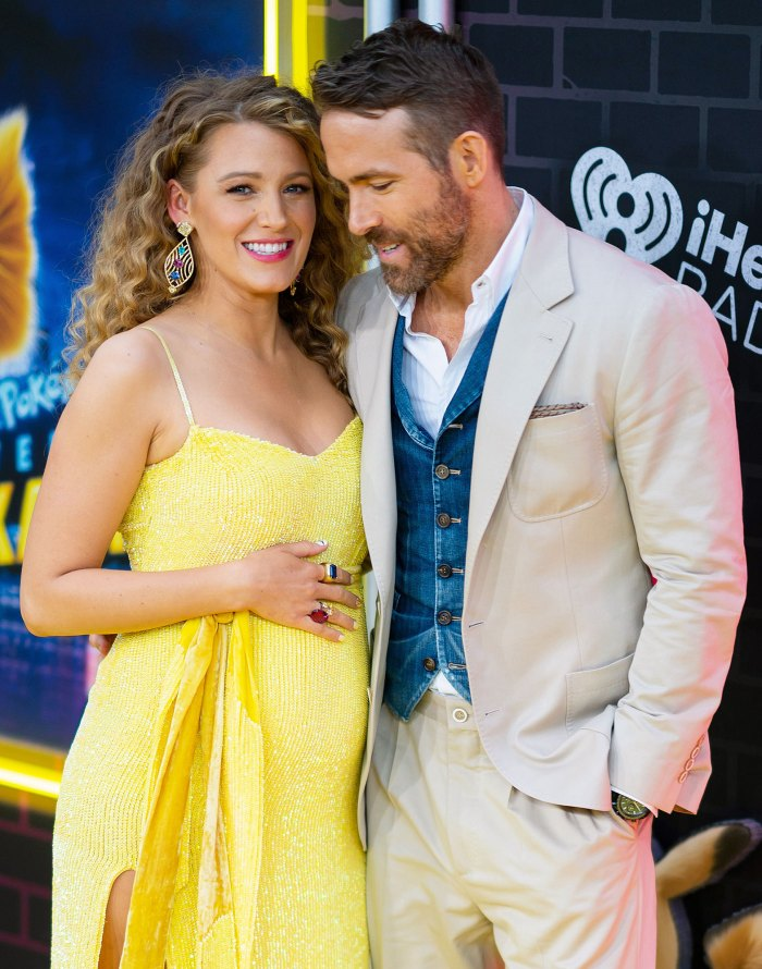 Pregnant Blake Lively Baby Bump Ryan Reynolds