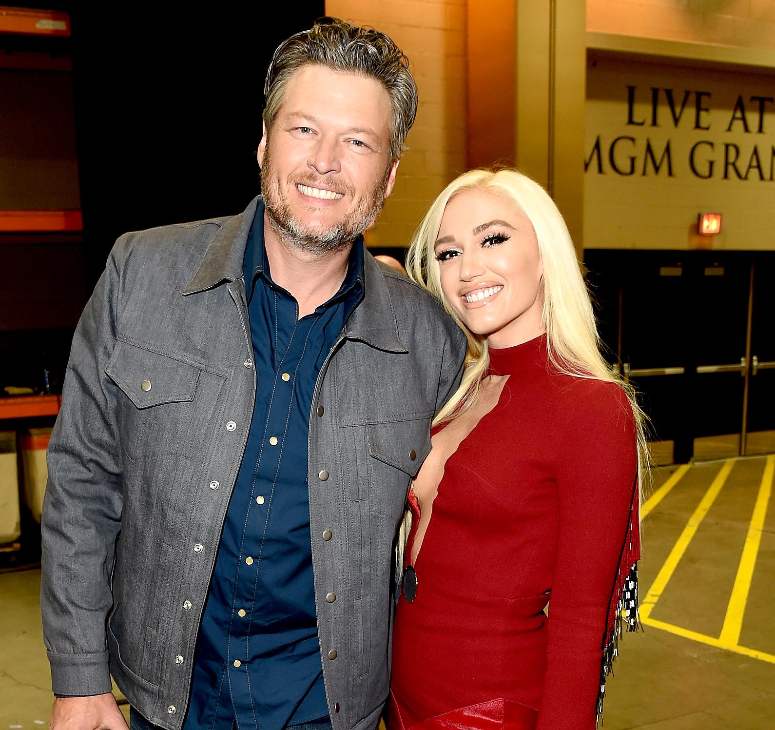Blake-Shelton-and-Gwen-Stefani