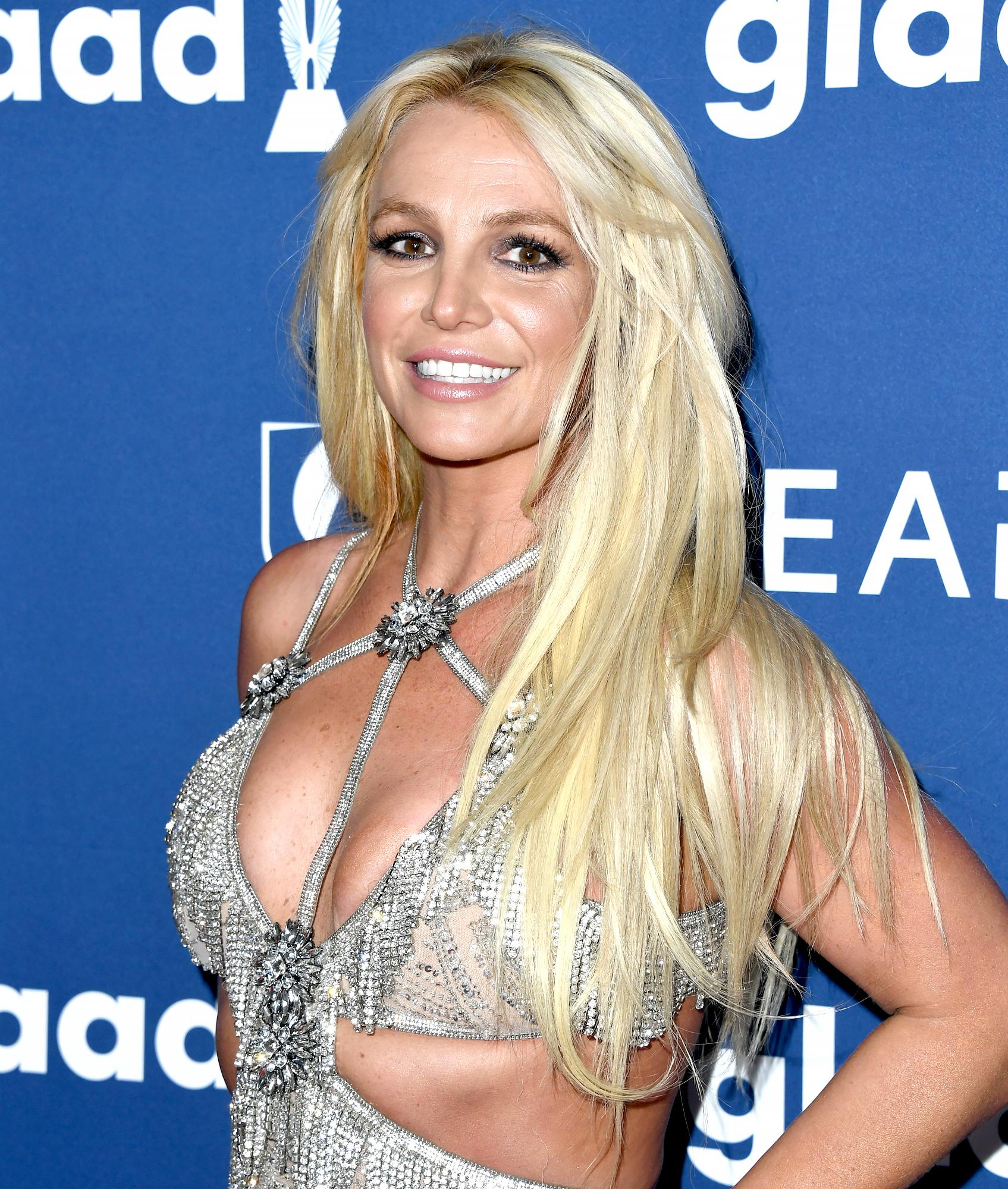 Britney-Spears-dancing