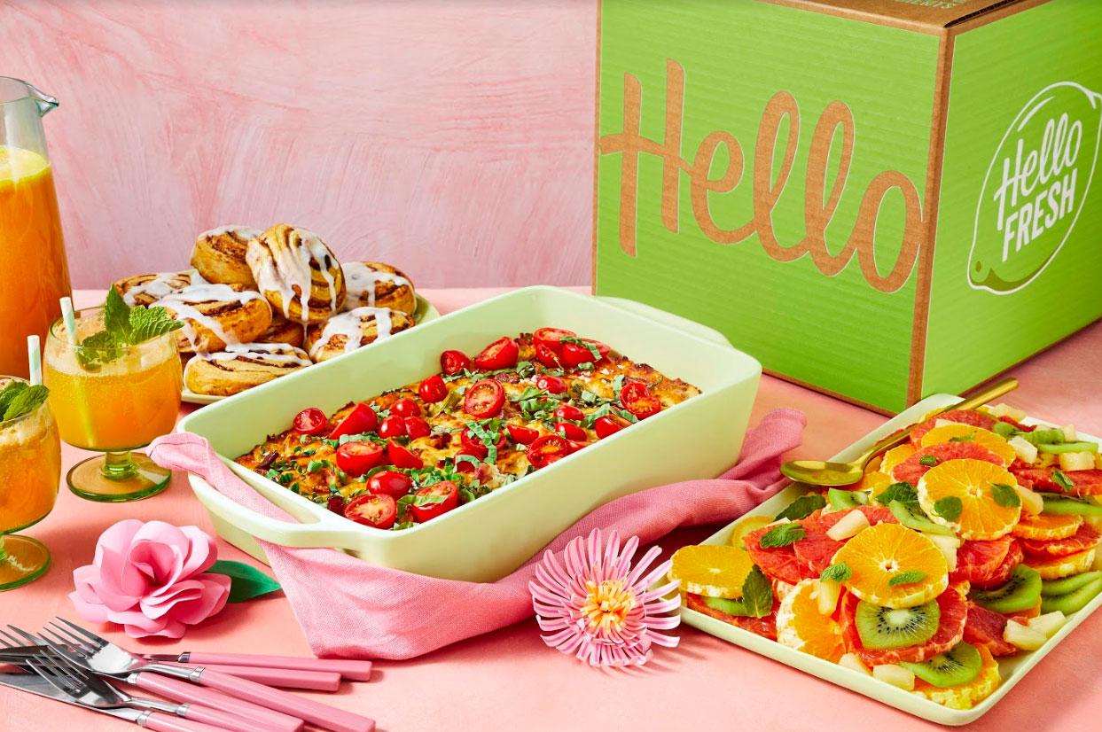 Brunch Box Mother's Day Gifts for the Foodie in Your Life-09 Mother's Day Gifts for the Foodie in Your Life - HelloFresh has earned a reputation as one of the tastiest meal delivery services around, and this Mother's Day the company is offering a brunch box for the first time ever. Available in a four-person or eight-person serving, this box comes with ingredients to make Spring asparagus strata with bacon, tomato, and Gruyere, a tropical citrus salad, cinnamon rolls and a Mom-mosa cocktail.