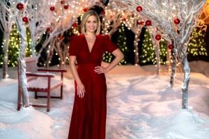 Candace Cameron Lands Eighth Hallmark Channel Christmas Movie