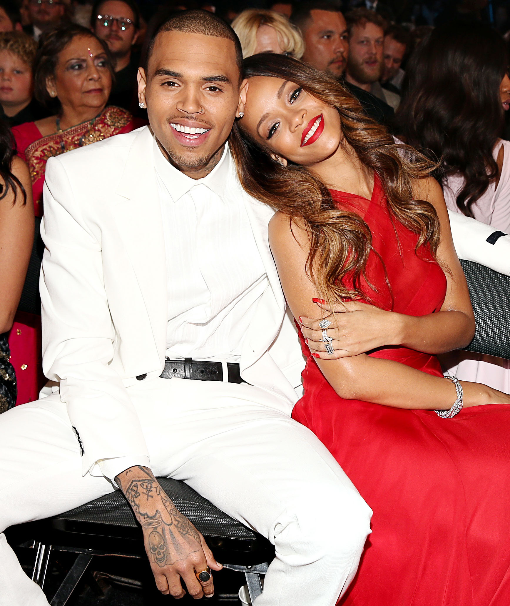 Chris Brown Ex Girlfriend Rihanna Queen Lingerie