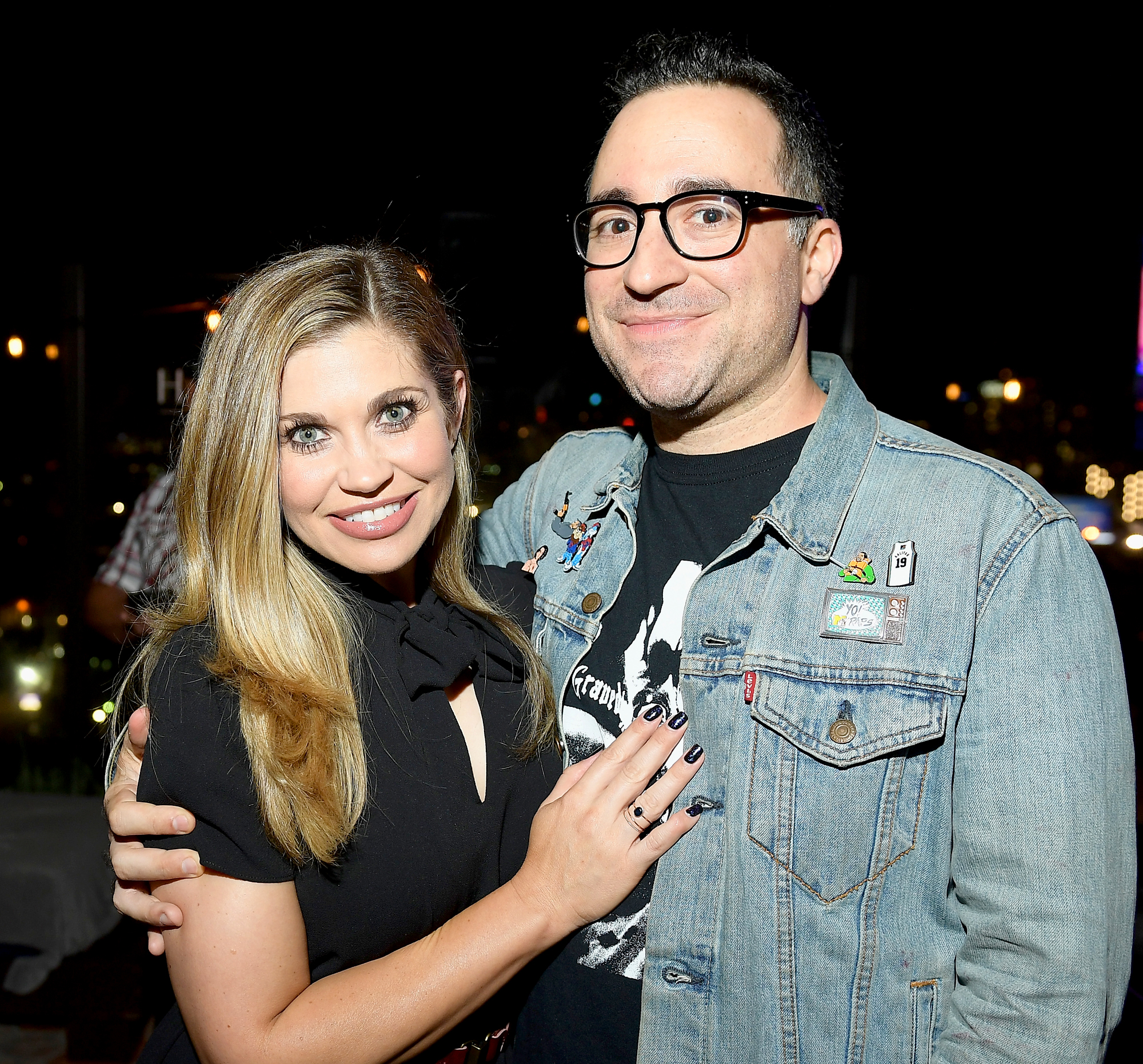 Danielle-Fishel-Jensen-Karp-give-birth