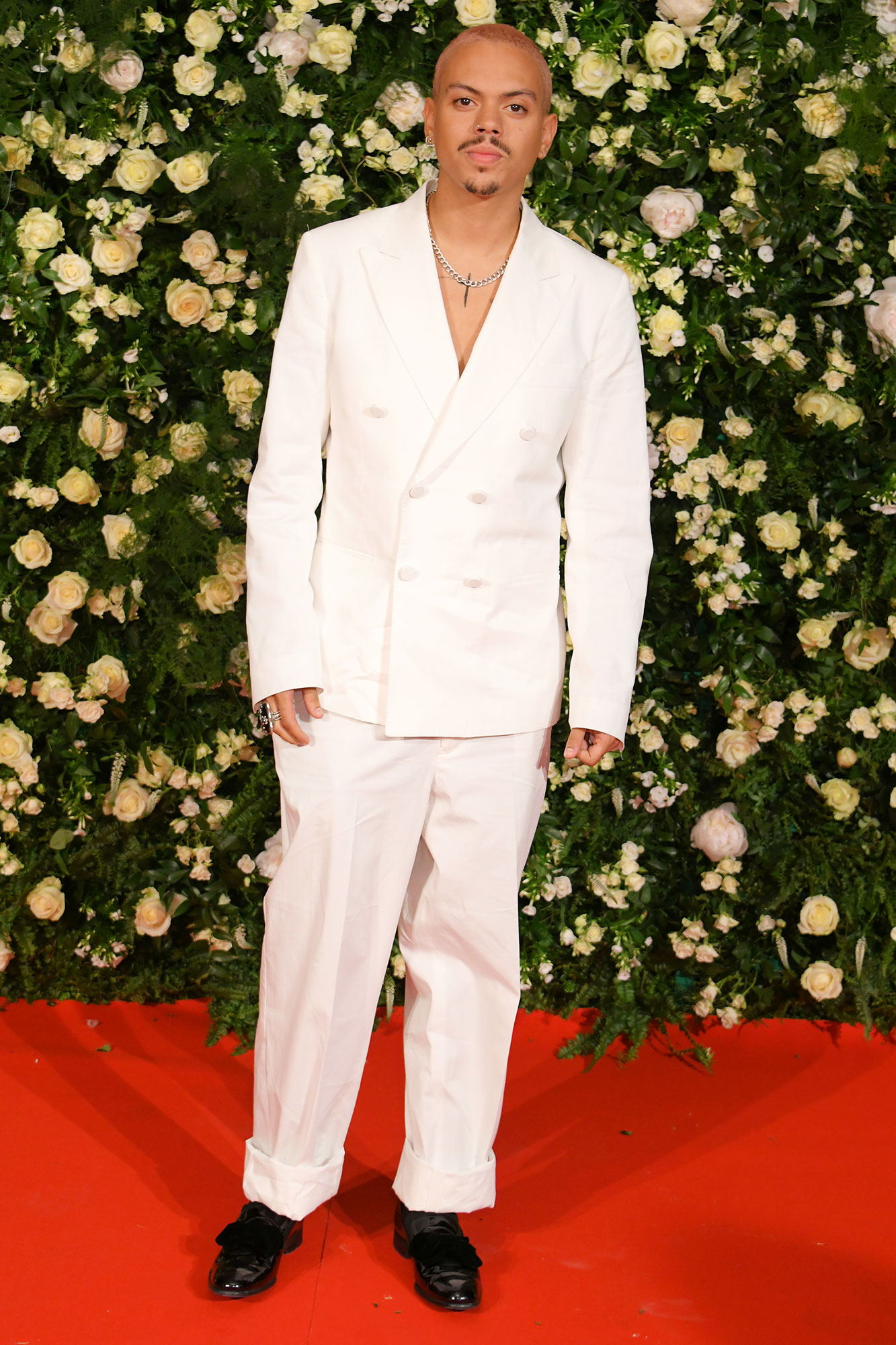 Evan Ross Cannes Film Festival 2019 Most Stylish Guys Red Carpet - White hot is about the only way describe the musician's double-breasted jacket and trousers combo at the Filmmakers Dinner on Friday, May 17.