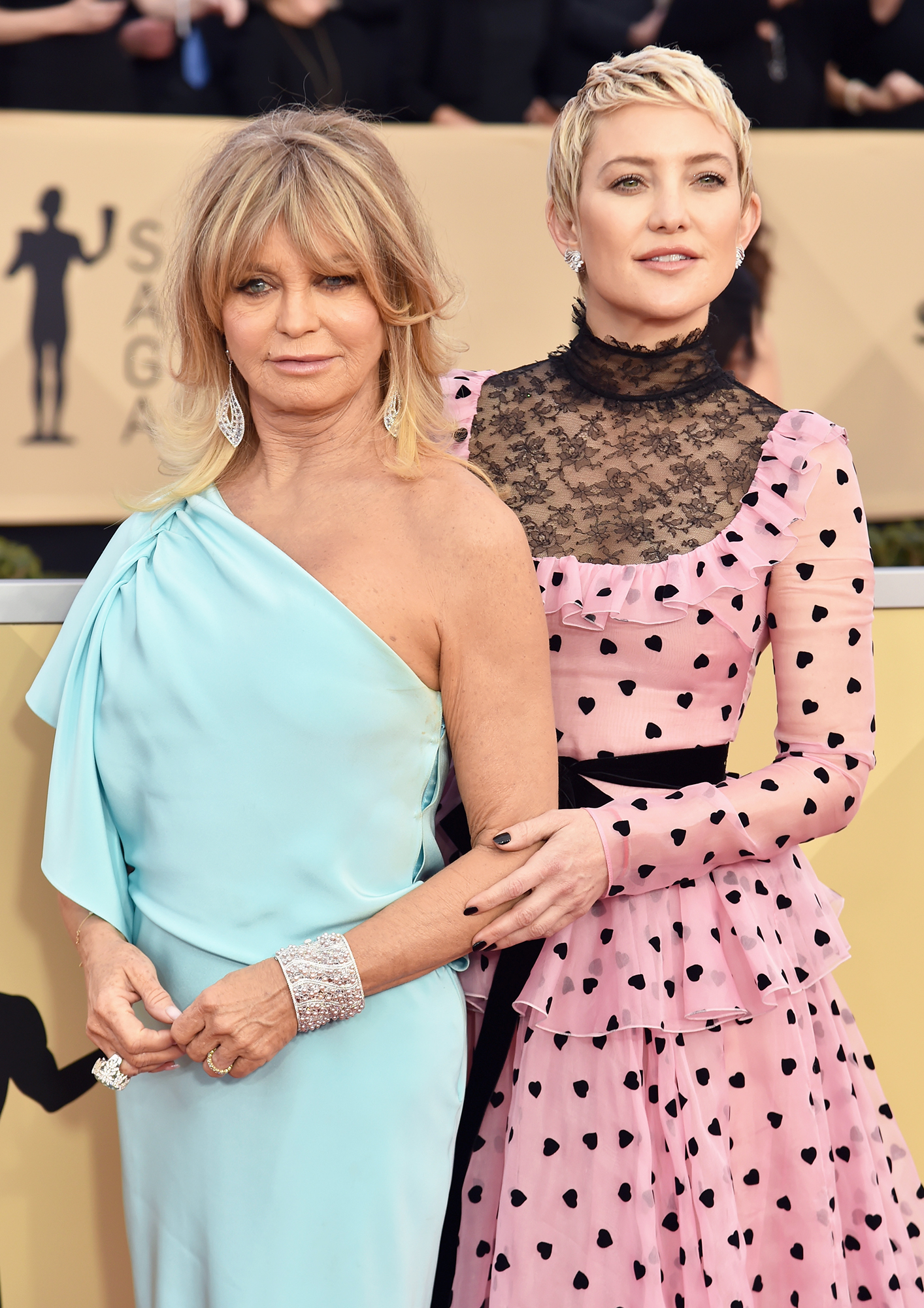 Famous Mother-Daughter Pairs - Goldie Hawn and Kate Hudson attend the 24th Annual Screen Actors Guild Awards at The Shrine Auditorium on January 21, 2018 in Los Angeles, California.