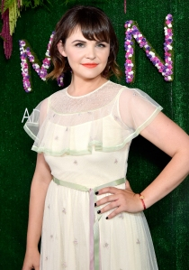 Ginnifer Goodwin What's in My Bag