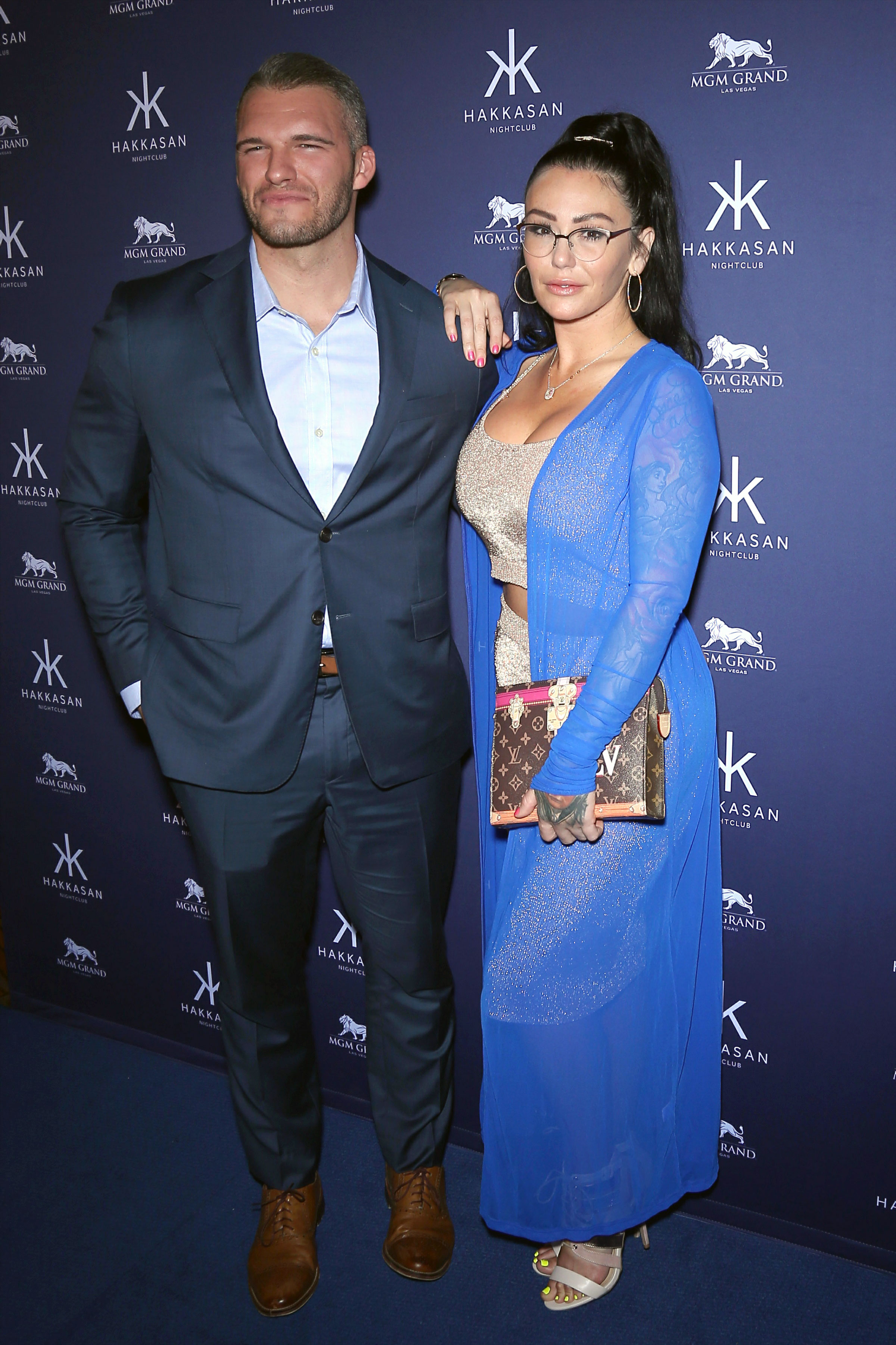 JWoww and Her BF Make Red Carpet Debut in Vegas, Party at Nightclubs - Hakkasan Nightclub at MGM Grand Hotel & Casino welcomes Jersey Shore star Jenni 'JWoww' Farley and her new boyfriend, Zack Clayton Carpinello.