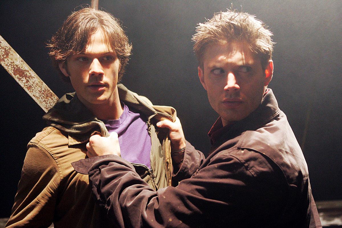 Jared Padalecki Jensen Ackles Supernatural Pilot - Jared Padelecki as Sam and Jensen Ackles as Dean in the pilot for 'Supernatural.