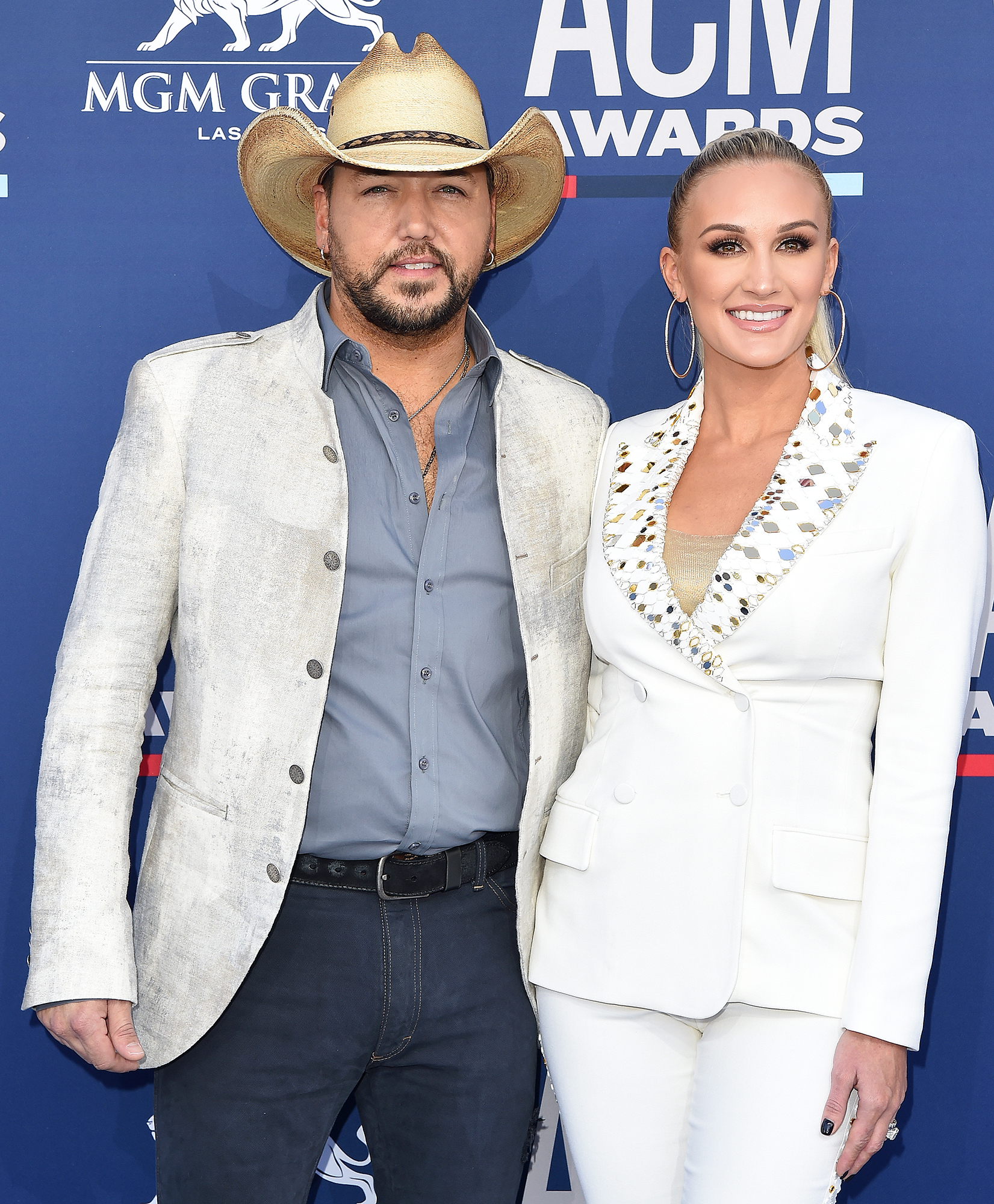 Jason Aldean Brittany Kerr Stepmom Tough - Jason Aldean and Brittany Aldean attend the 54th Academy of Country Music Awards at MGM Grand Garden Arena on April 07, 2019 in Las Vegas, Nevada.