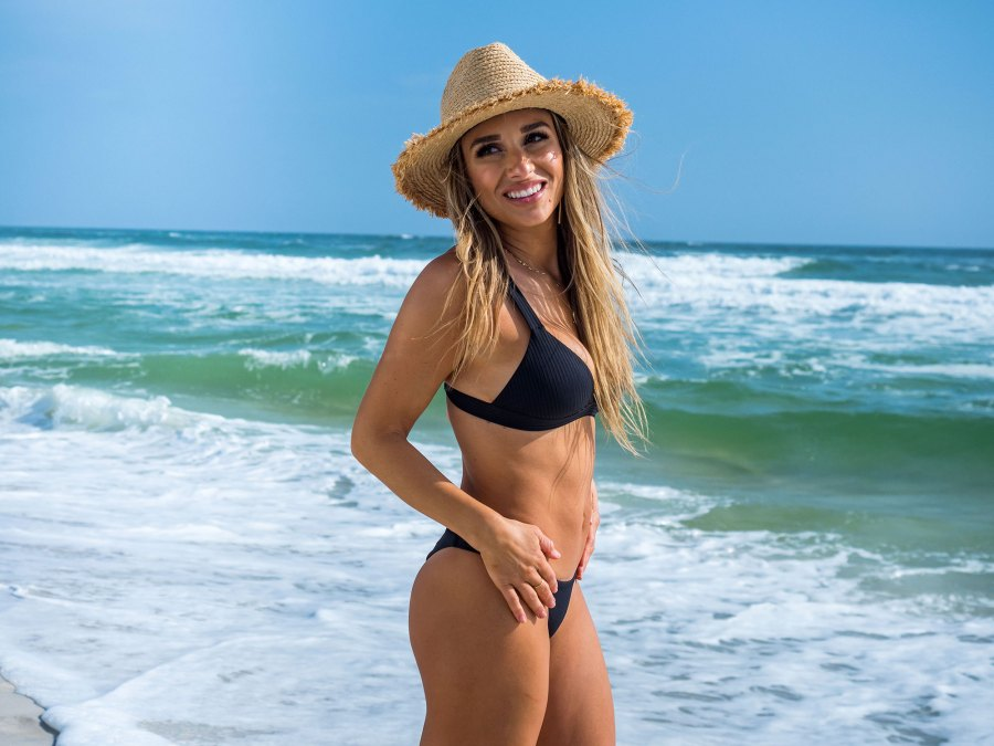 Jessie James Decker Bikini
