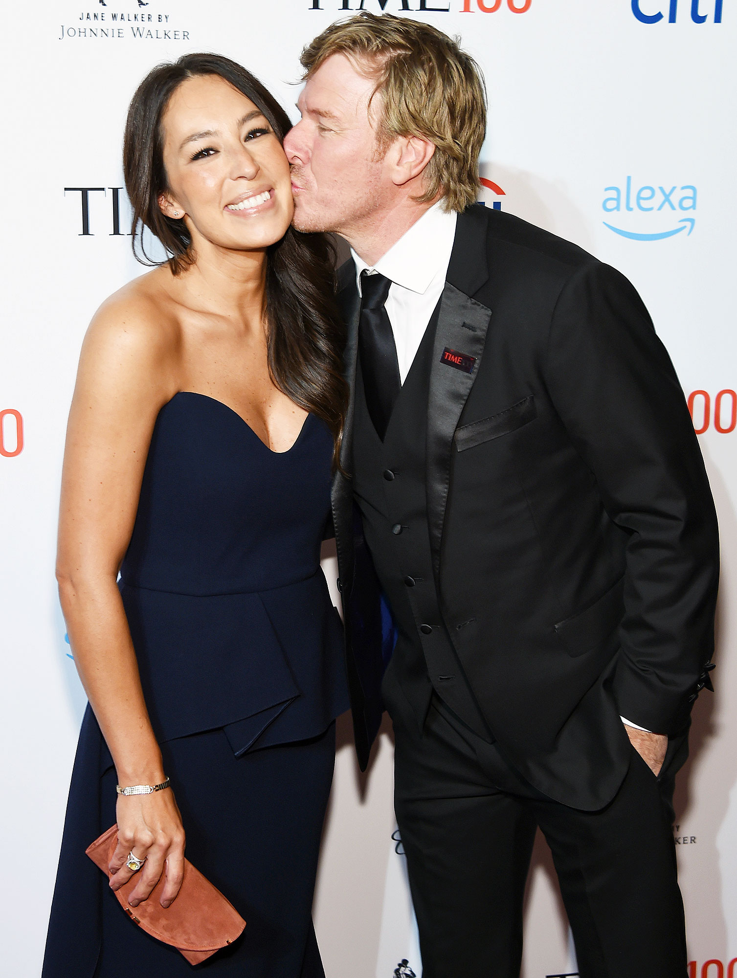 Joanna Gaines Chip Gaines 16th Wedding Anniversary