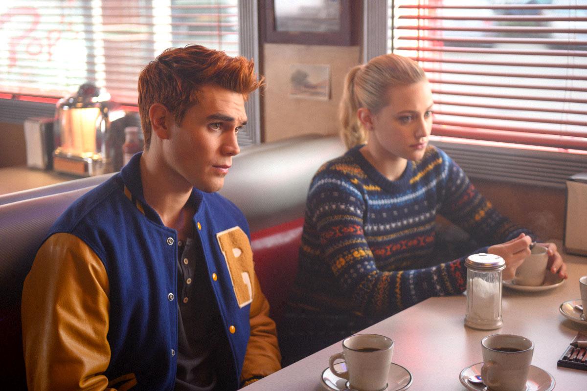 KJ Apa and Lili Reinhartin Riverdale High School - KJ Apa and Lili Reinhartin 'Riverdale.