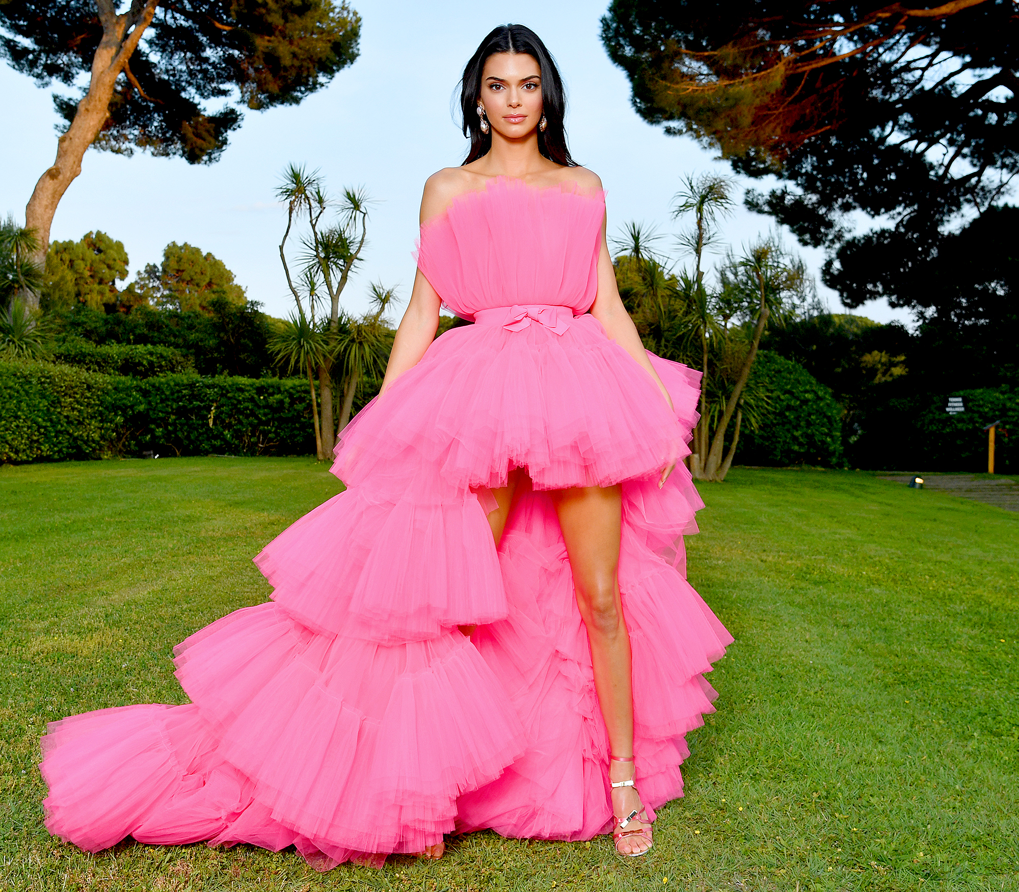 H&M Announced the Giambattista Valli Collaboration By Having Kendall Jenner Wear It to the Cannes Film Festival
