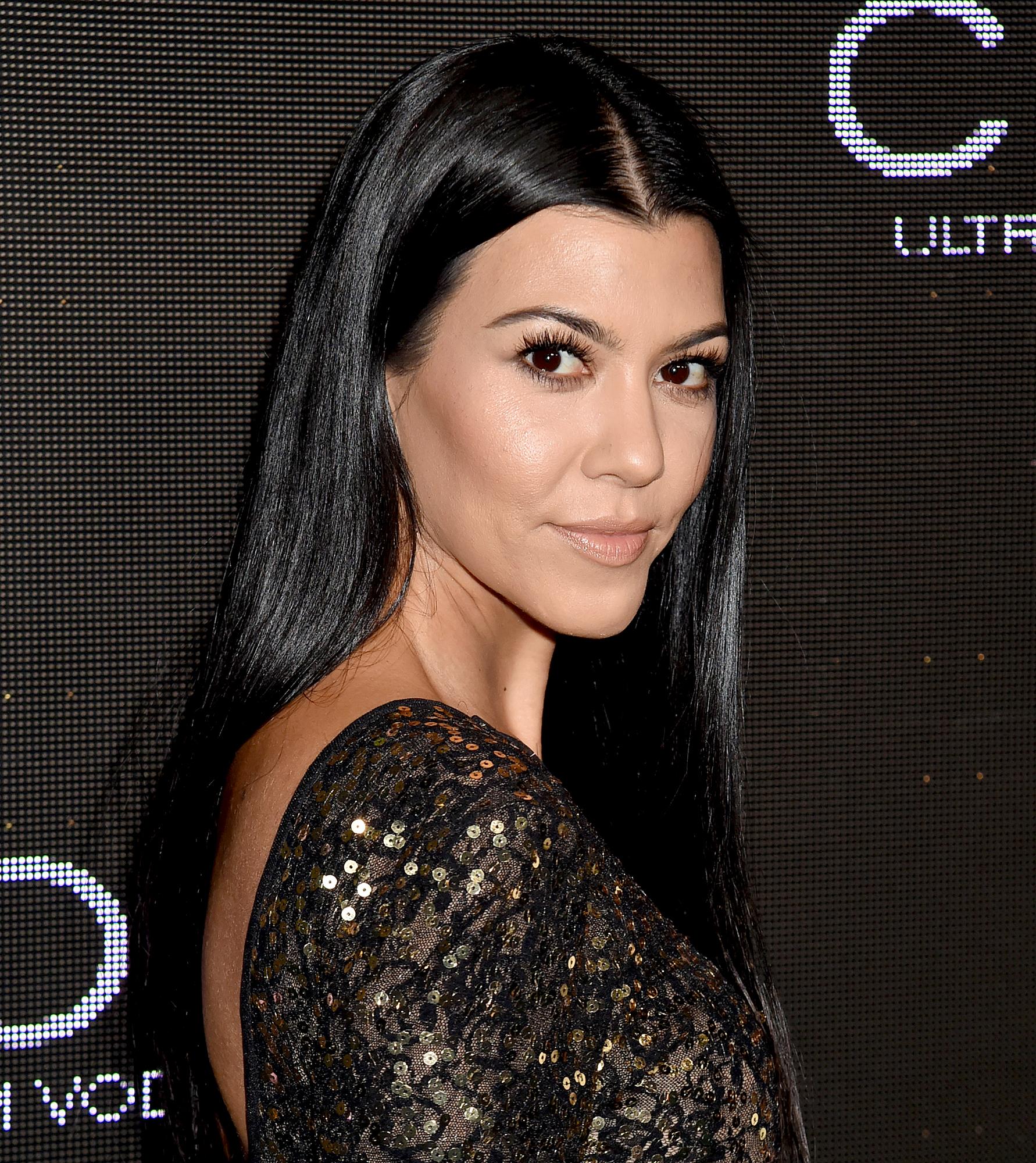Wanna Be Kardashian Ͽ� Kourtney Ͽ� Midnight Cuddles Ͽ� Ͽ� I: Kourtney Kardashian Drinks This Pink Moon Milk Everyday