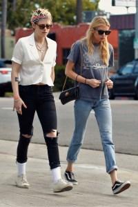 Kristen Stewart Reunites With Ex Stella Maxwell for Dinner Amid Sara Dinkin Romance