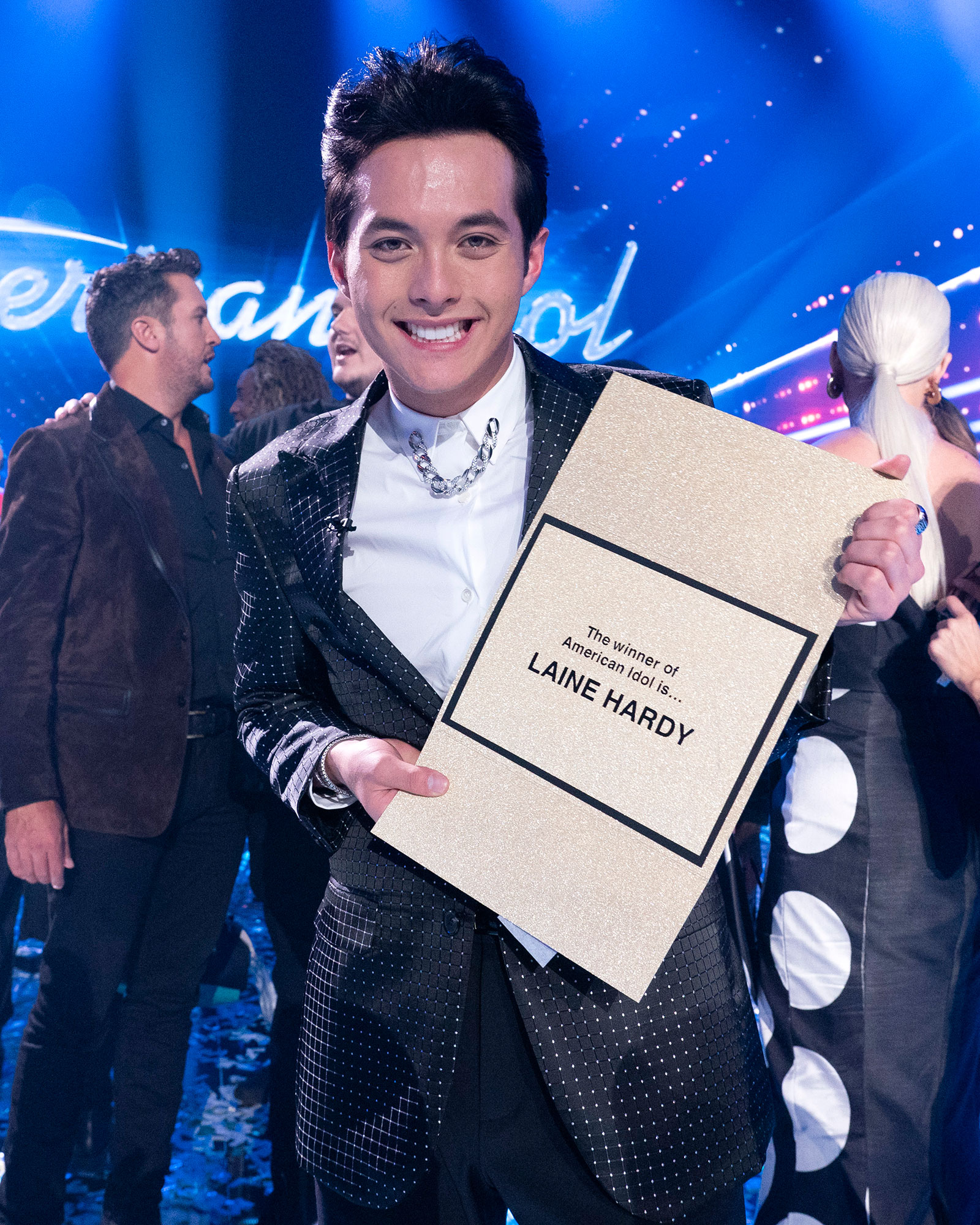 Laine Hardy Winner American Idol - Laine Hardy celebrates winning 'American Idol' on May 19, 2019.