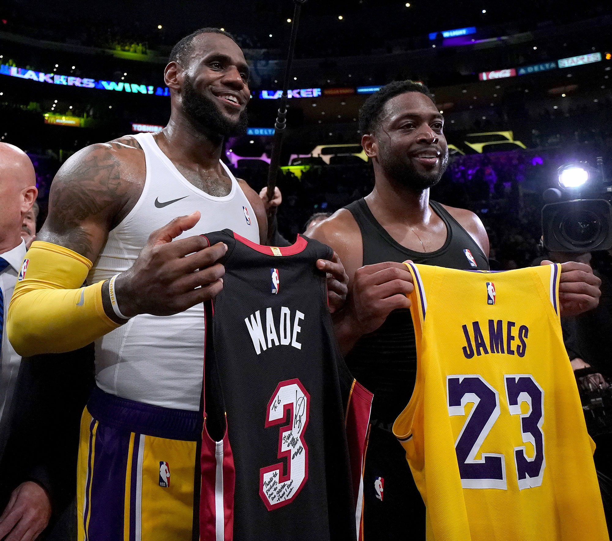 more photos a6606 bb339 Dwyane Wade, LeBron James' Sons to Be on Same Basketball Team