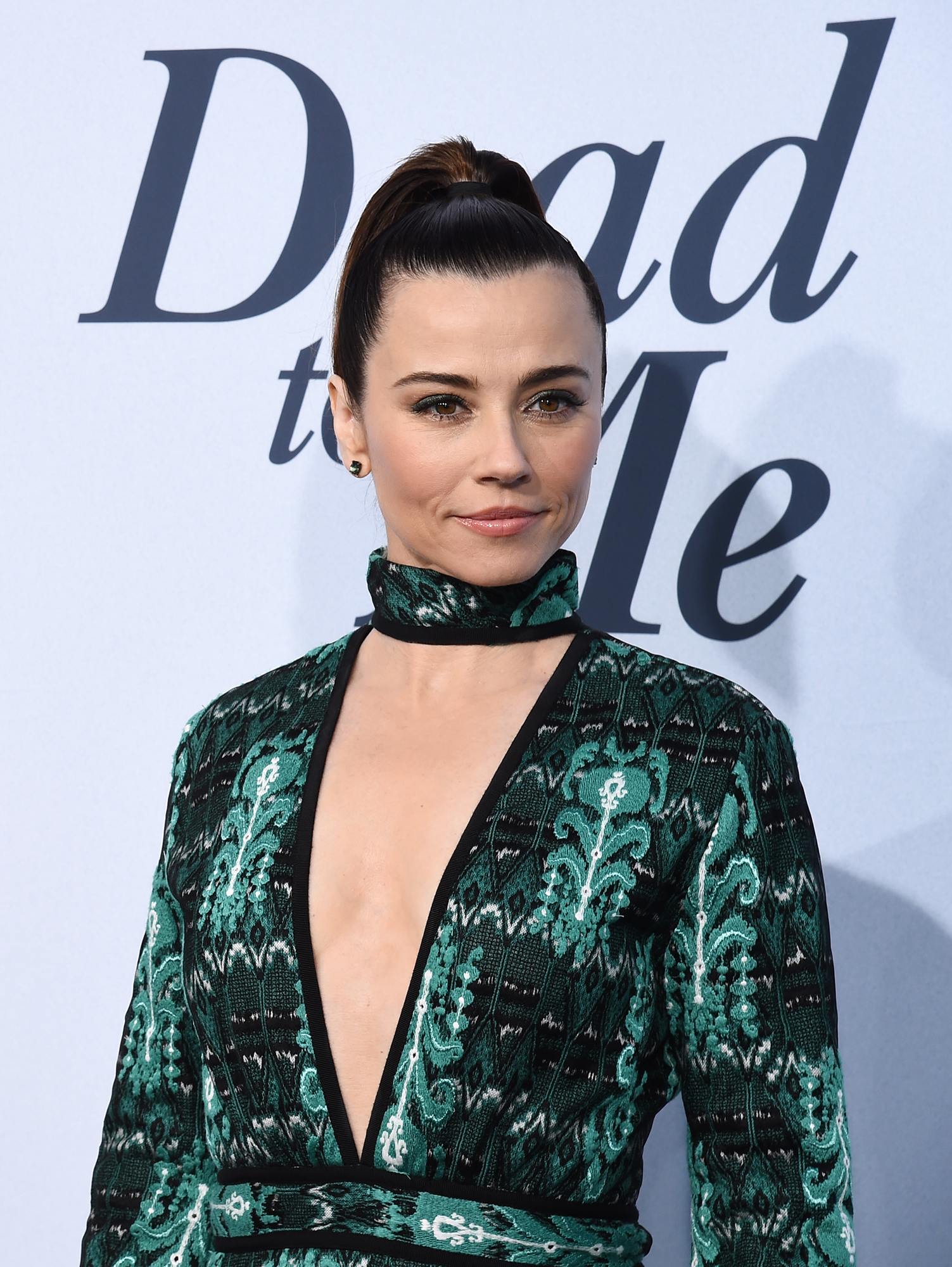 """Linda Cardellini Talks 'Freaks and Geeks' Reboot - Linda Cardellini arrives at Netflix's """"Dead To Me"""" Season 1 Premiere at The Broad Stage on May 02, 2019 in Santa Monica, California."""