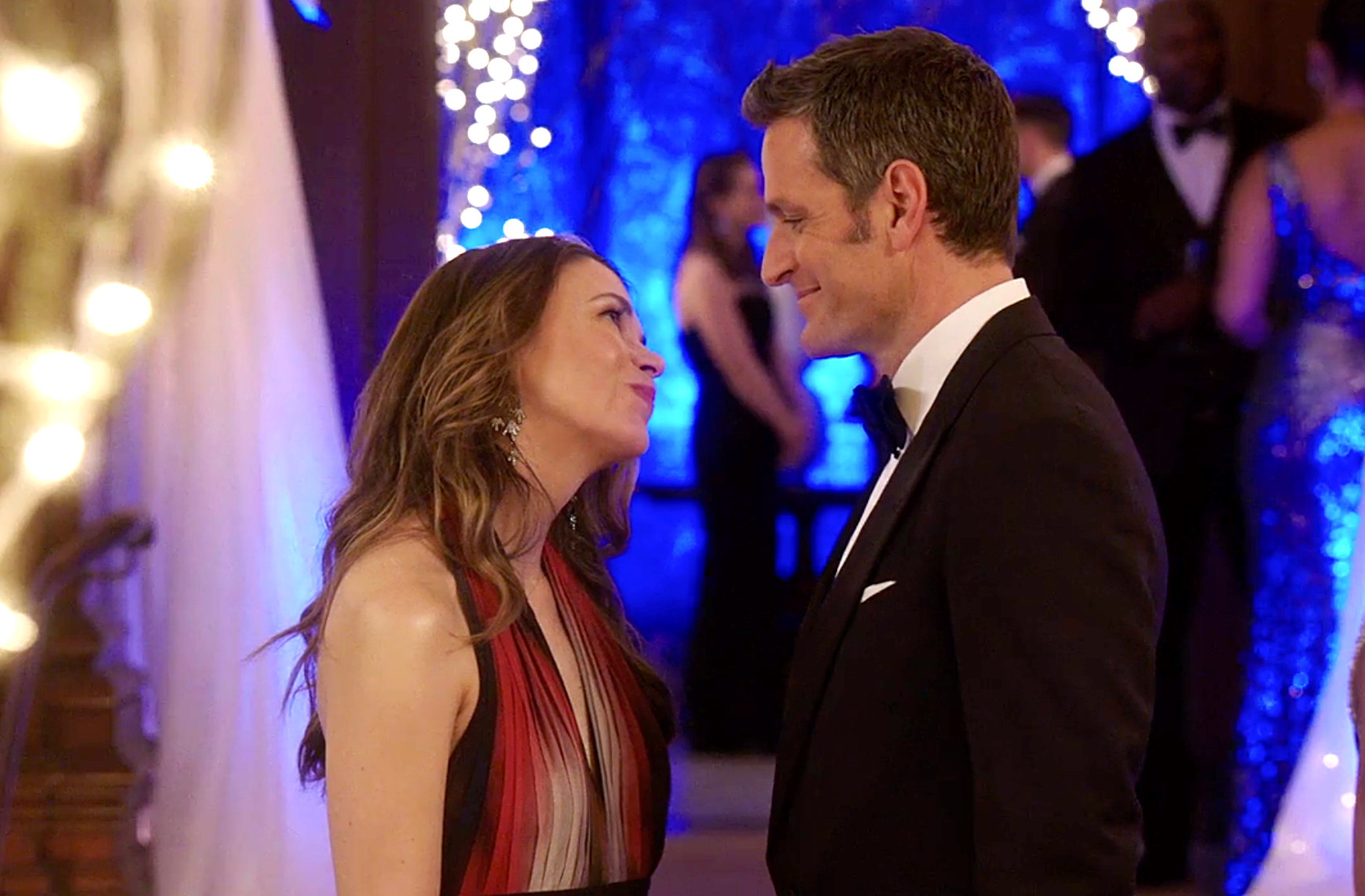 Younger New Trailer - Liza and Charles on 'Younger'.